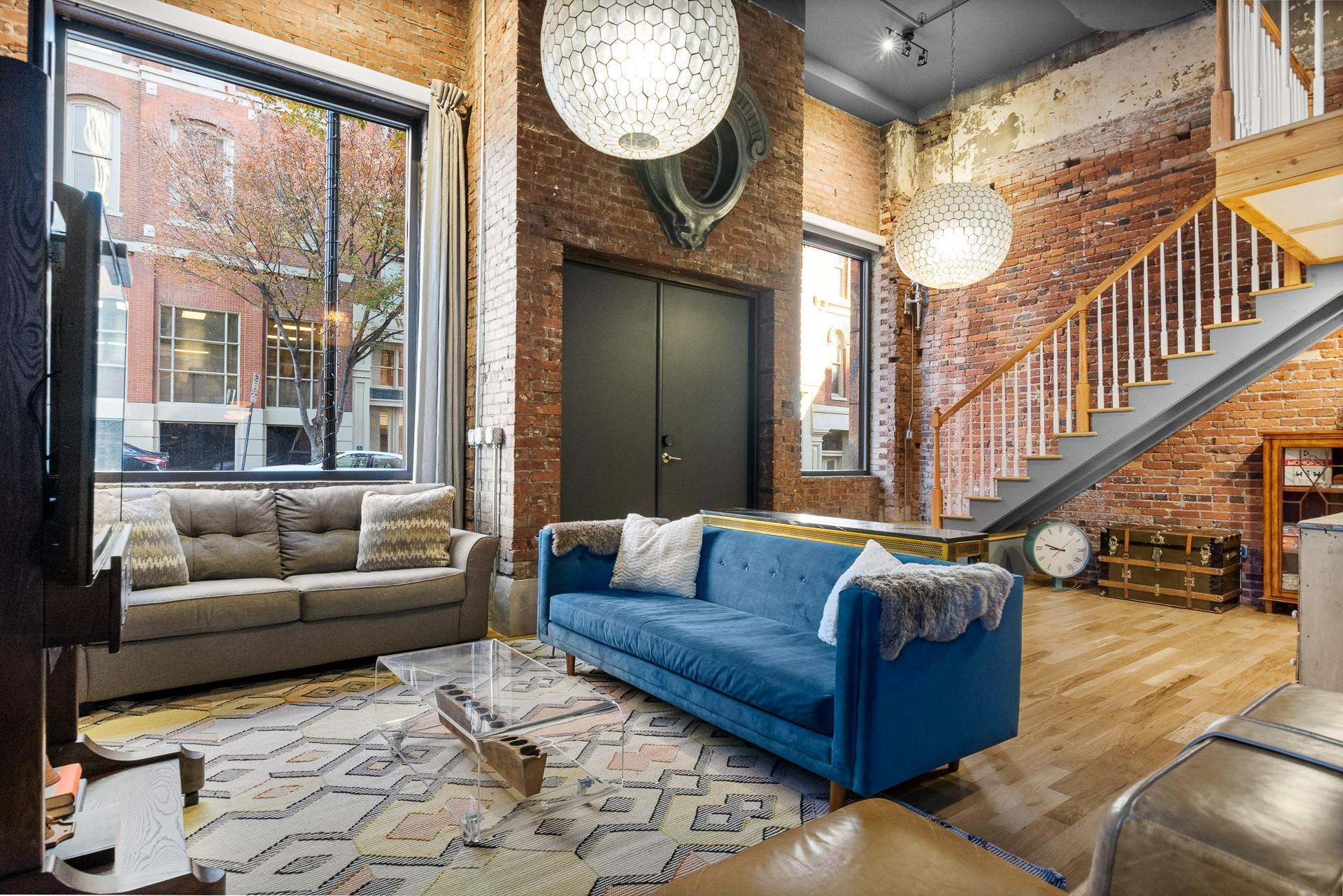227 2nd Ave Property Photo 37