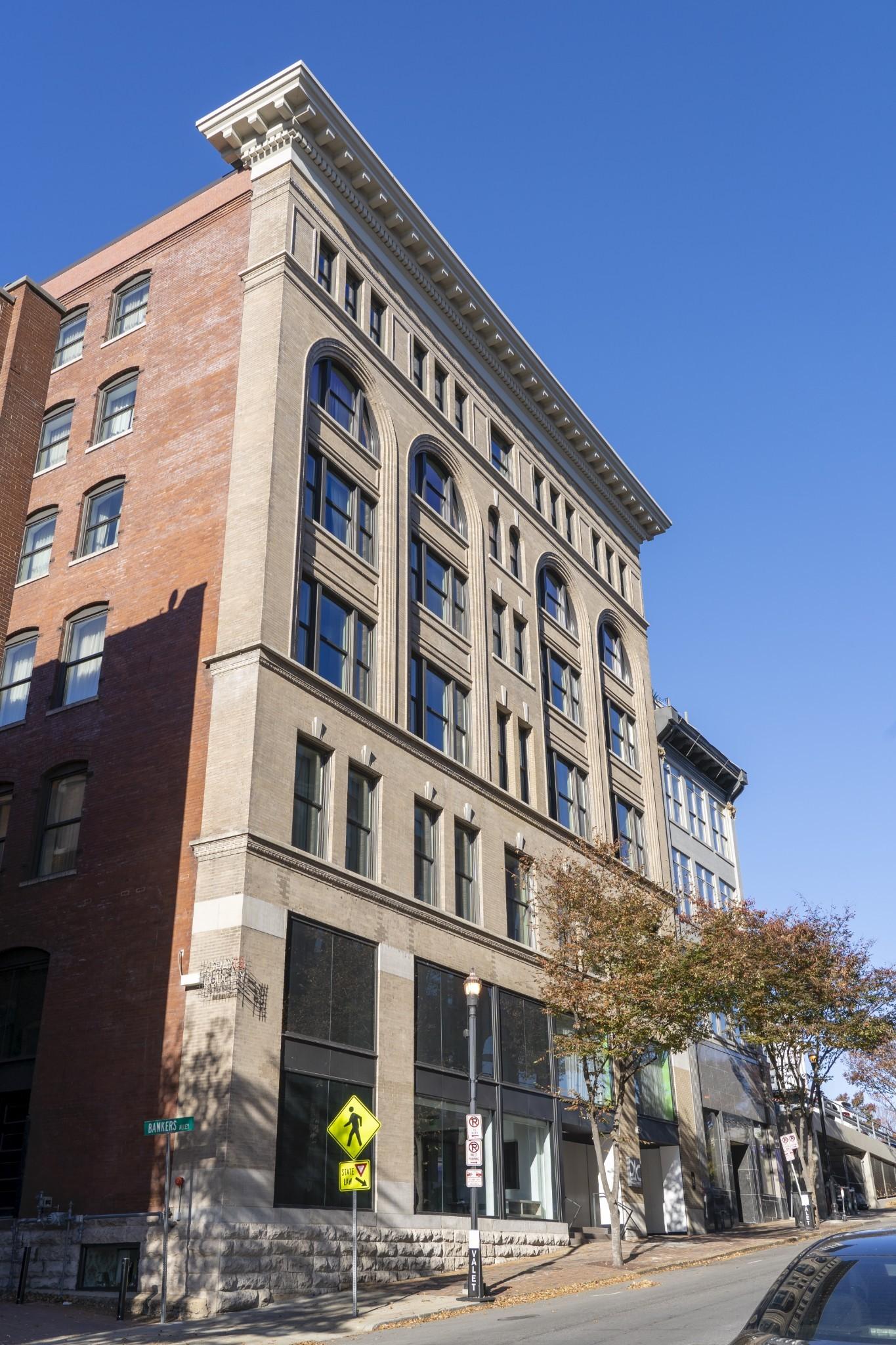 227 2nd Ave Property Photo 42