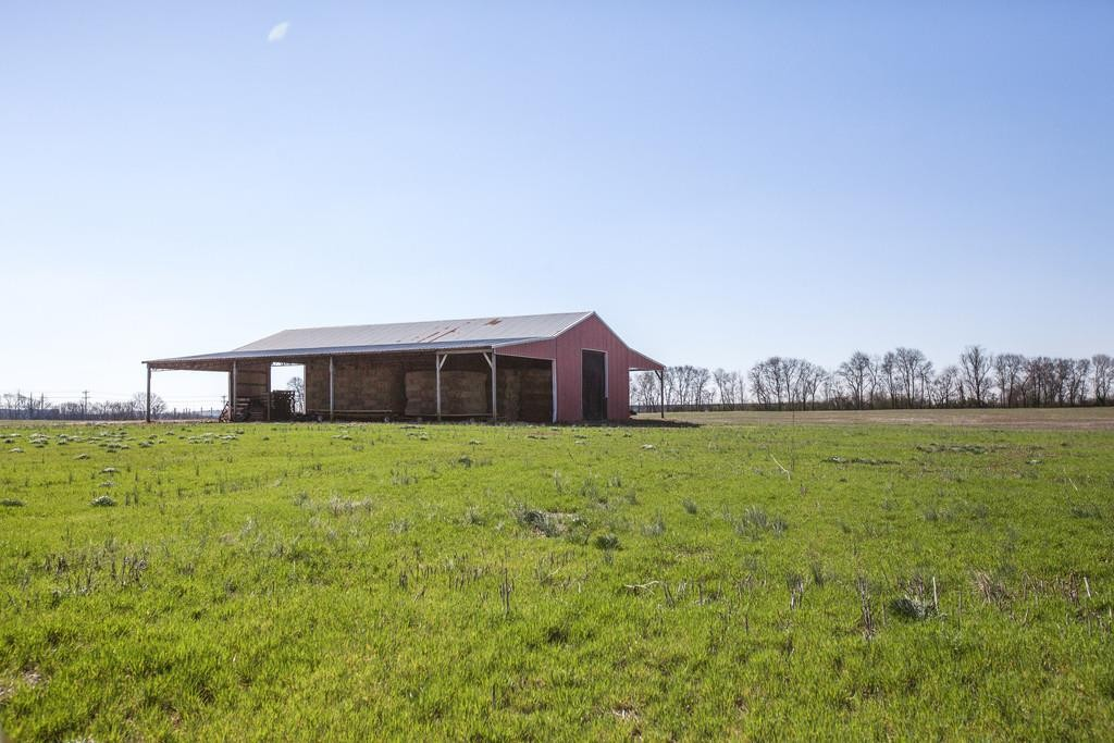 825 Beechcroft Rd Property Photo