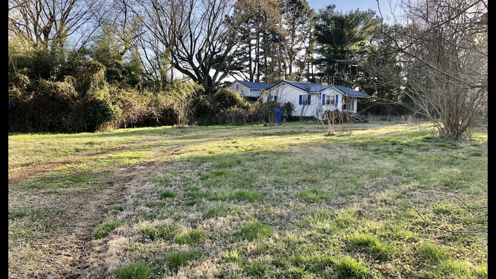9177 Highway 20 Property Photo