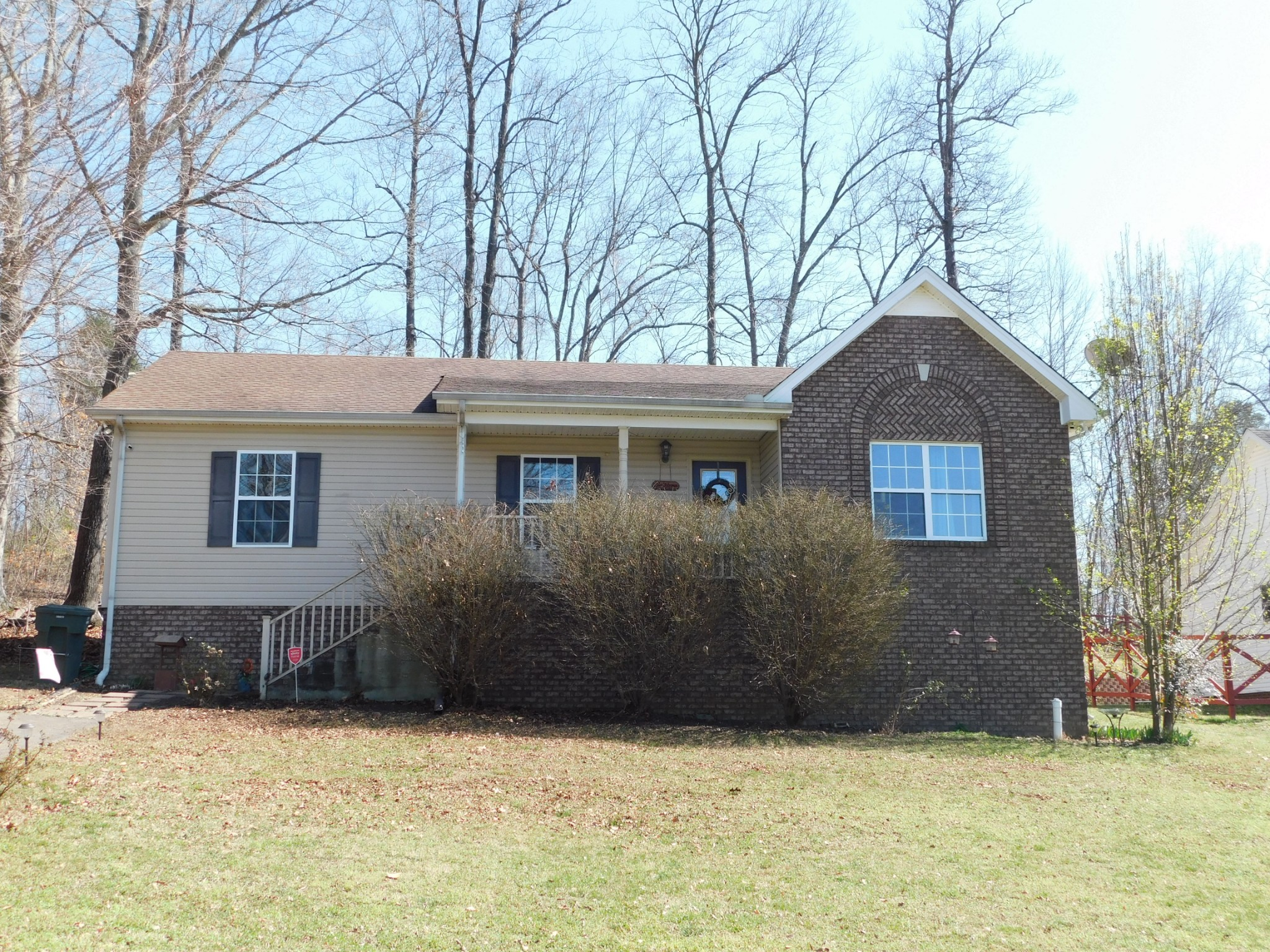 810 Red Hollow Dr Property Photo 1