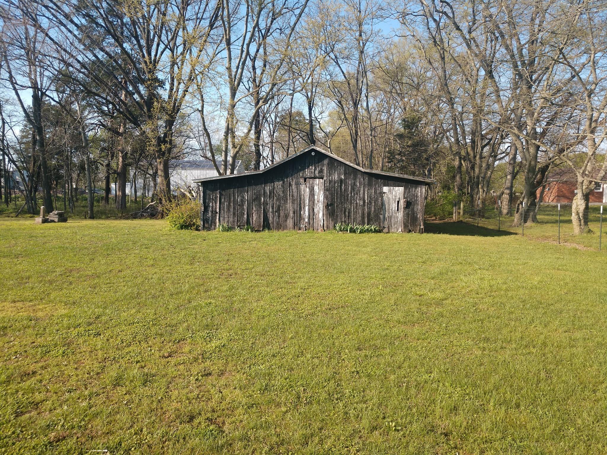 6237 Shelbyville Pike Property Photo 4