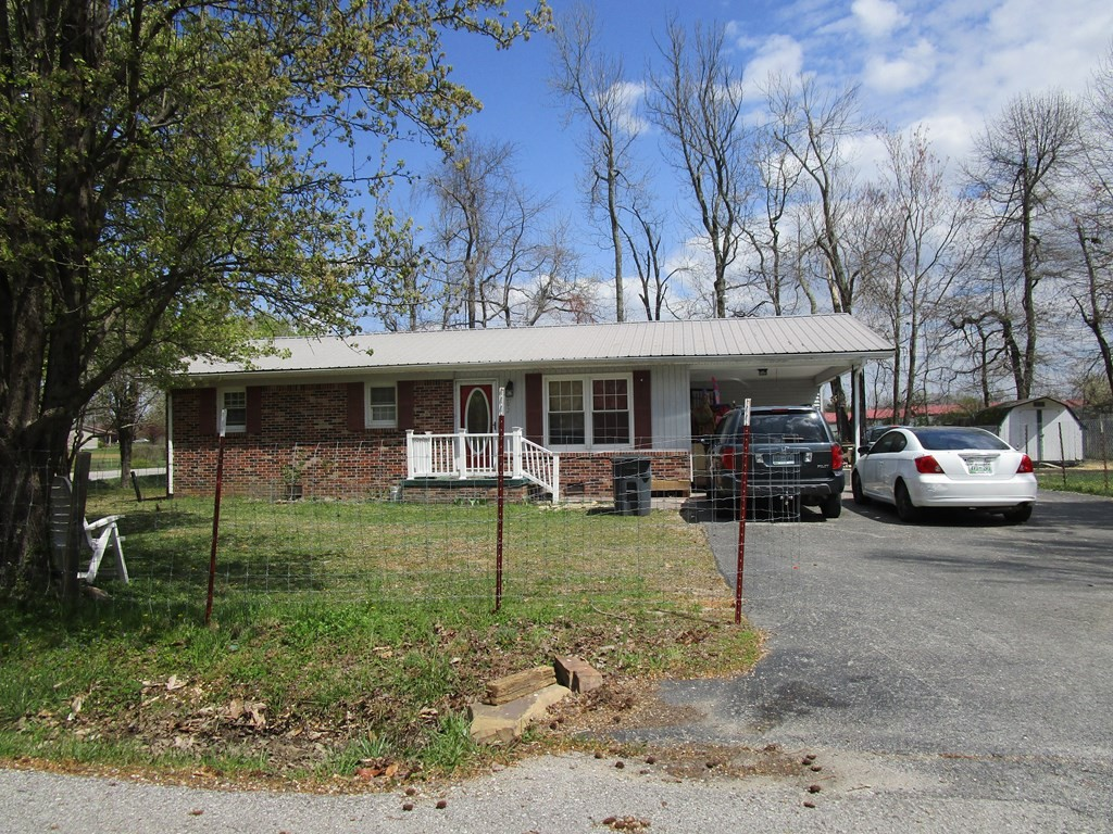 500 E Speck Ave Property Photo 8