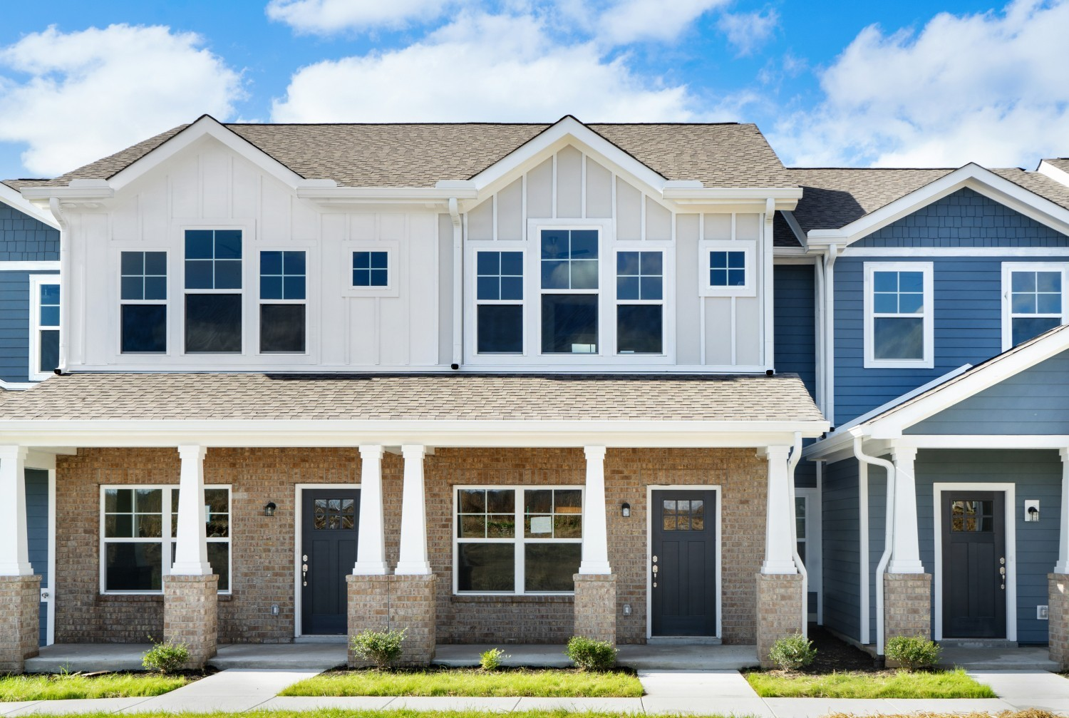 Ashland Place Townhomes Real Estate Listings Main Image