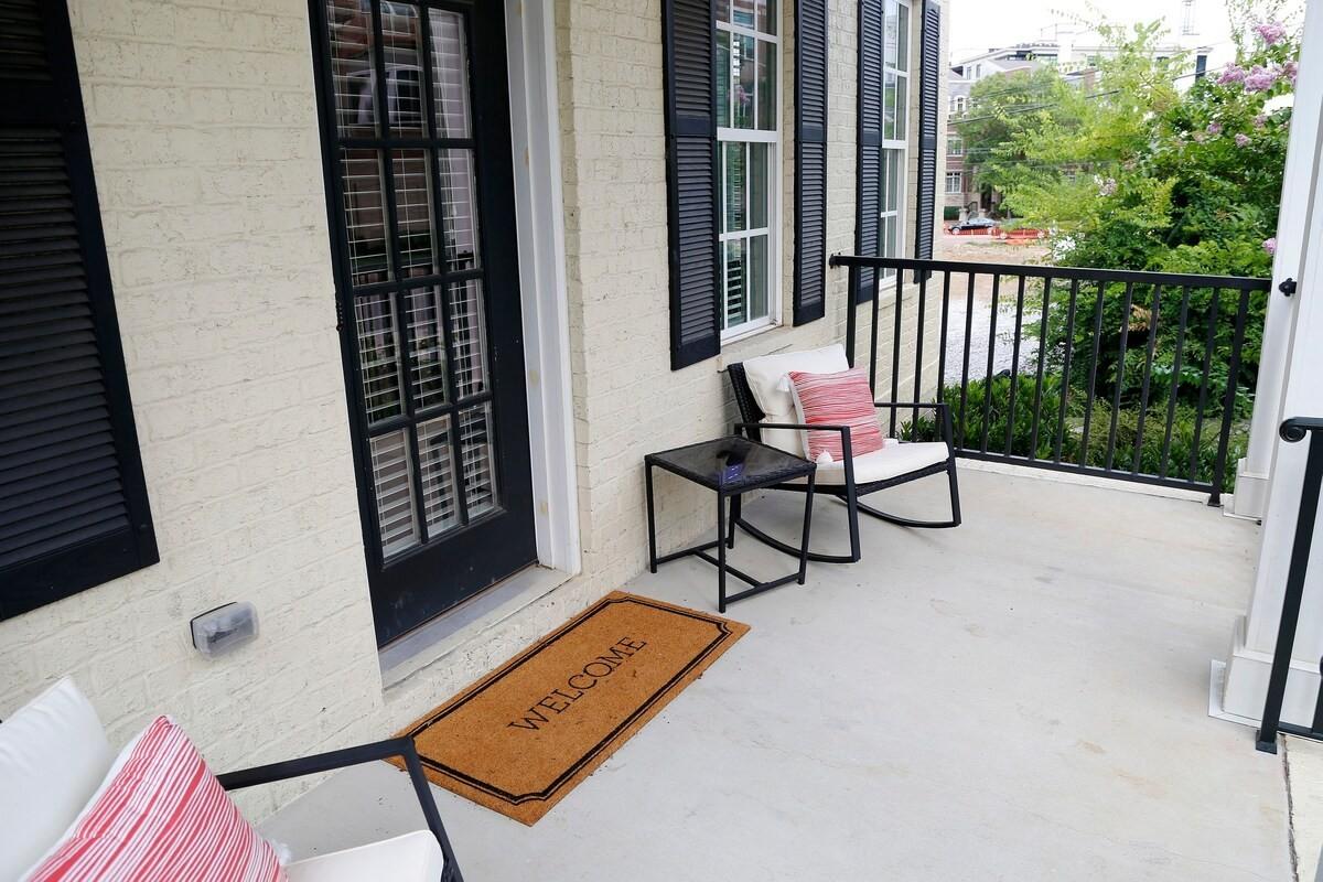3100 Belwood St Property Photo 4