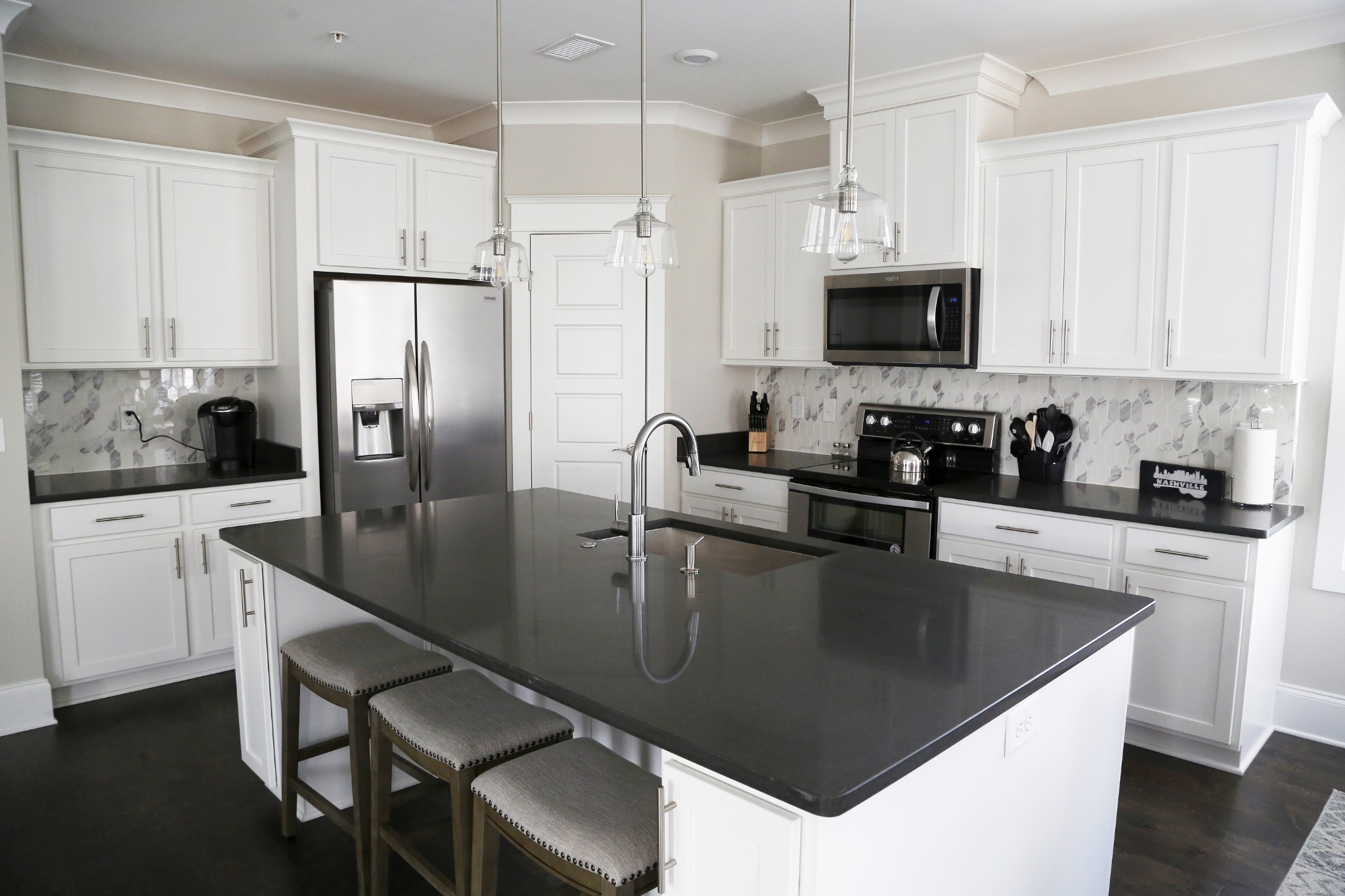 3100 Belwood St Property Photo 6