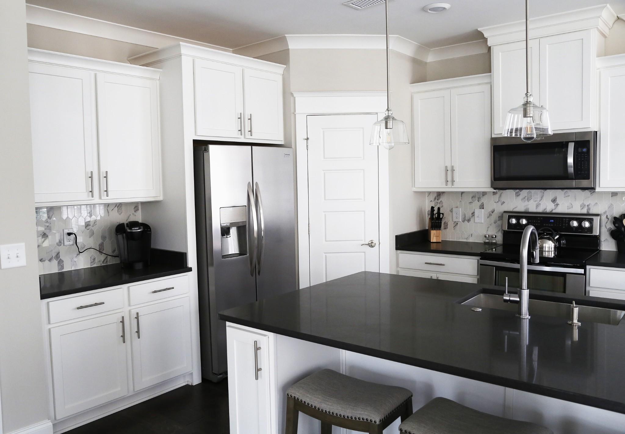 3100 Belwood St Property Photo 7