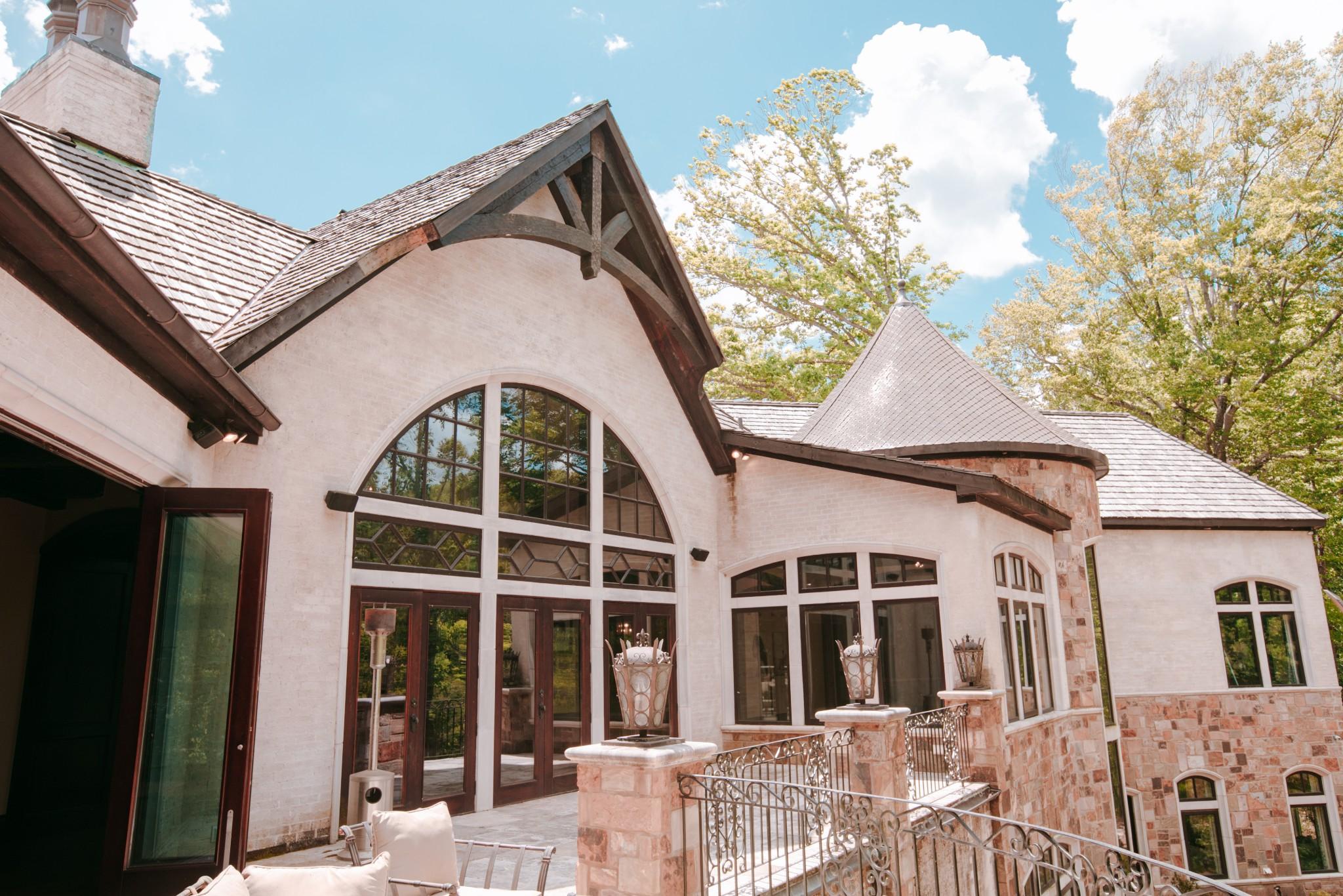 1050 Pine Creek Falls Rd Property Photo 9