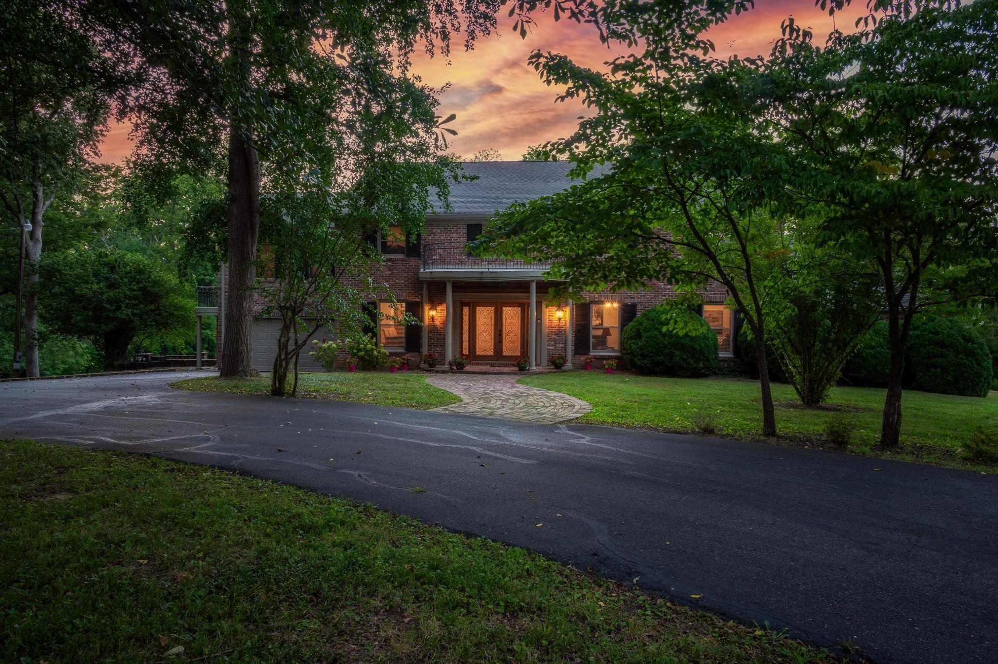 1410 Sunnyside Dr Property Photo