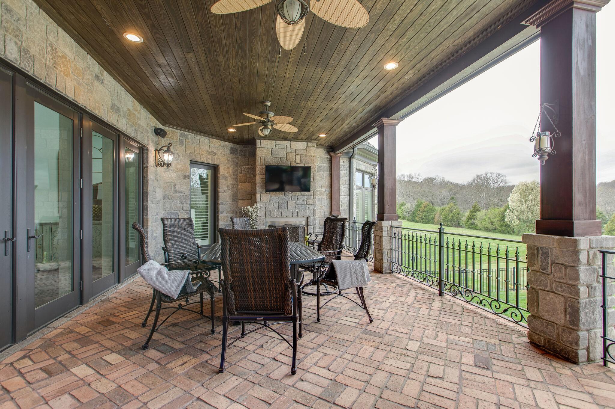 2211 Old Natchez Trce Property Photo 42