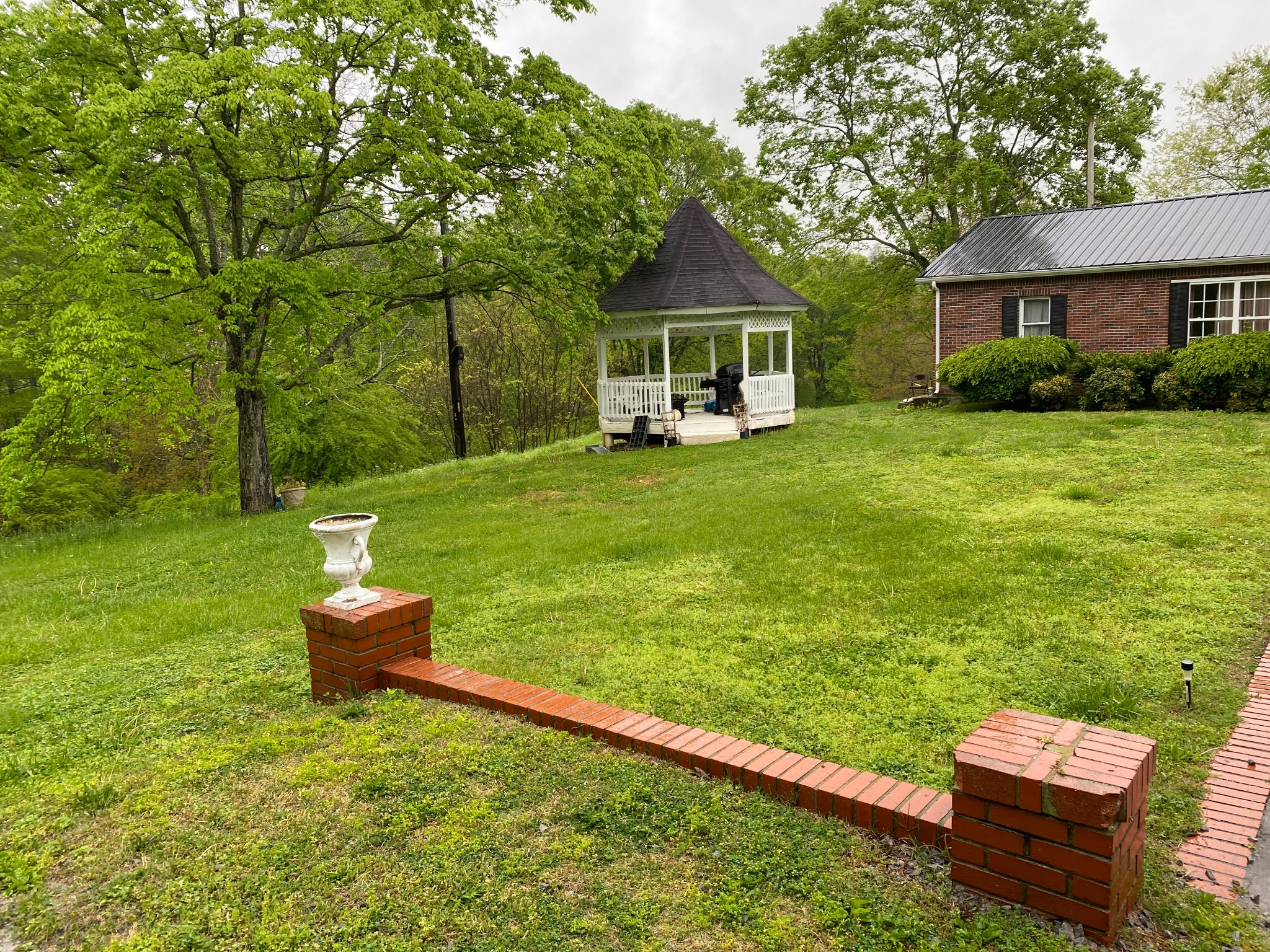 1498 Keesee Road Property Photo 6