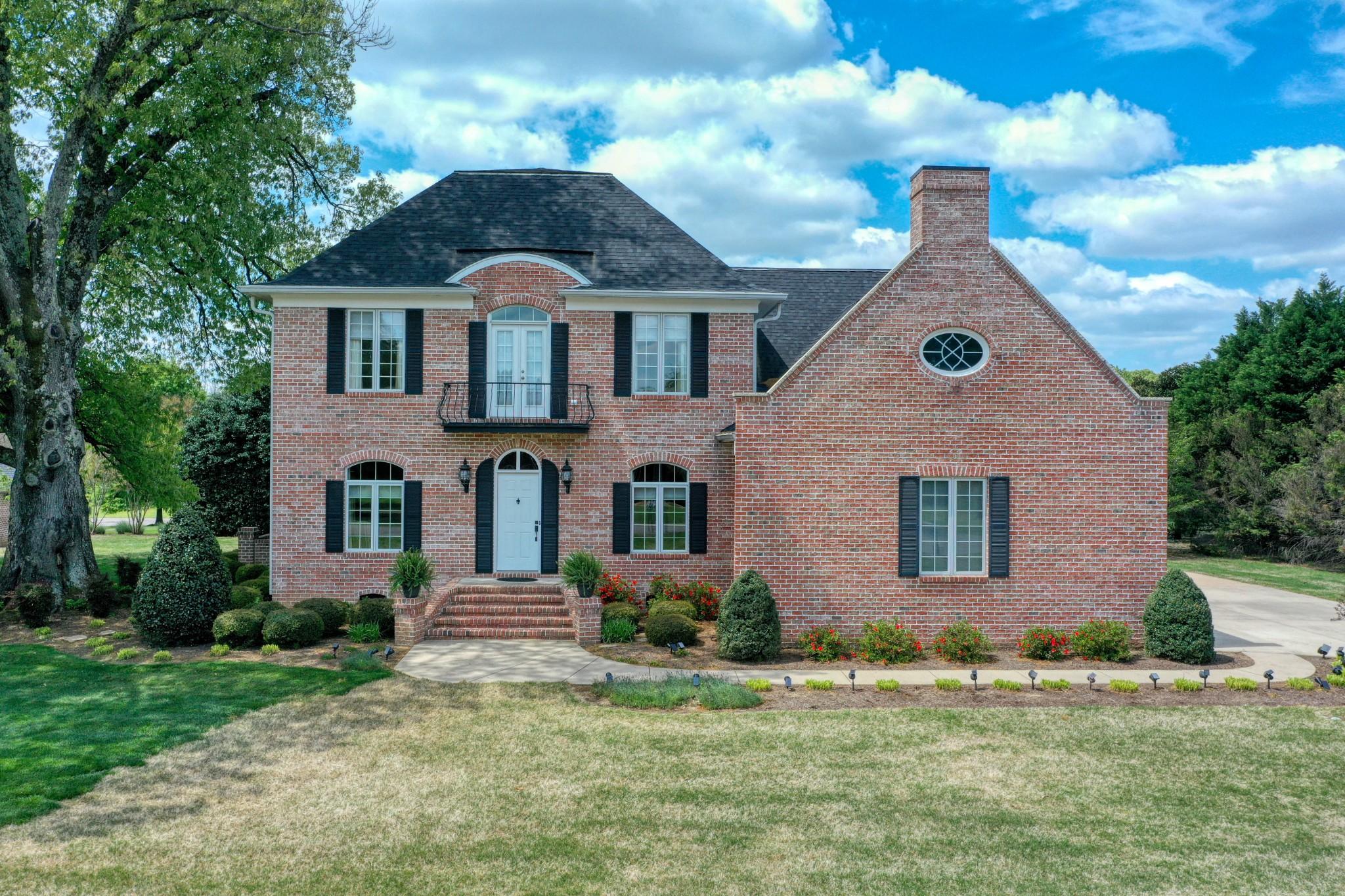 59 Fieldstone Dr Property Photo