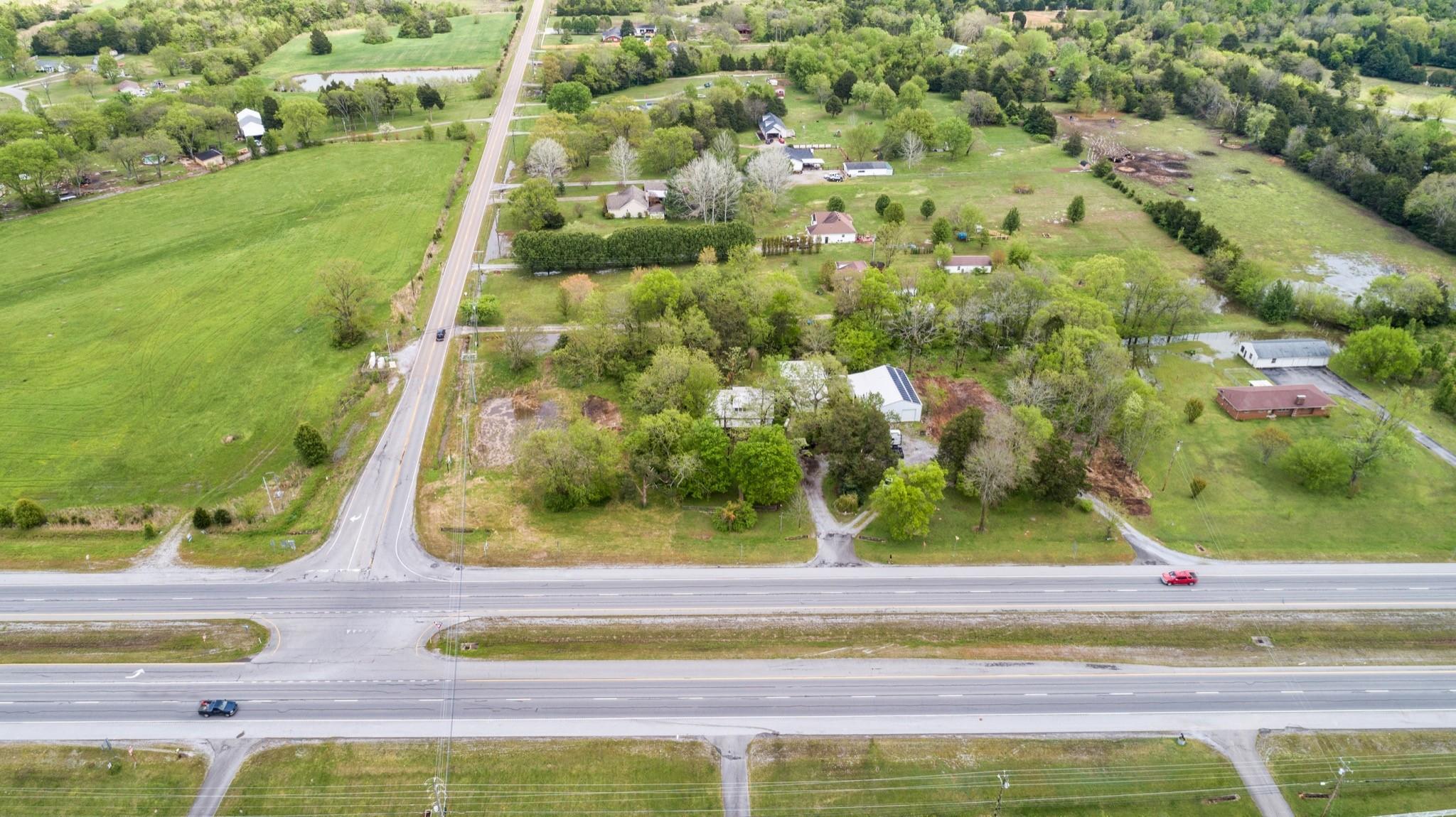 6167 Shelbyville Pike Property Photo 3