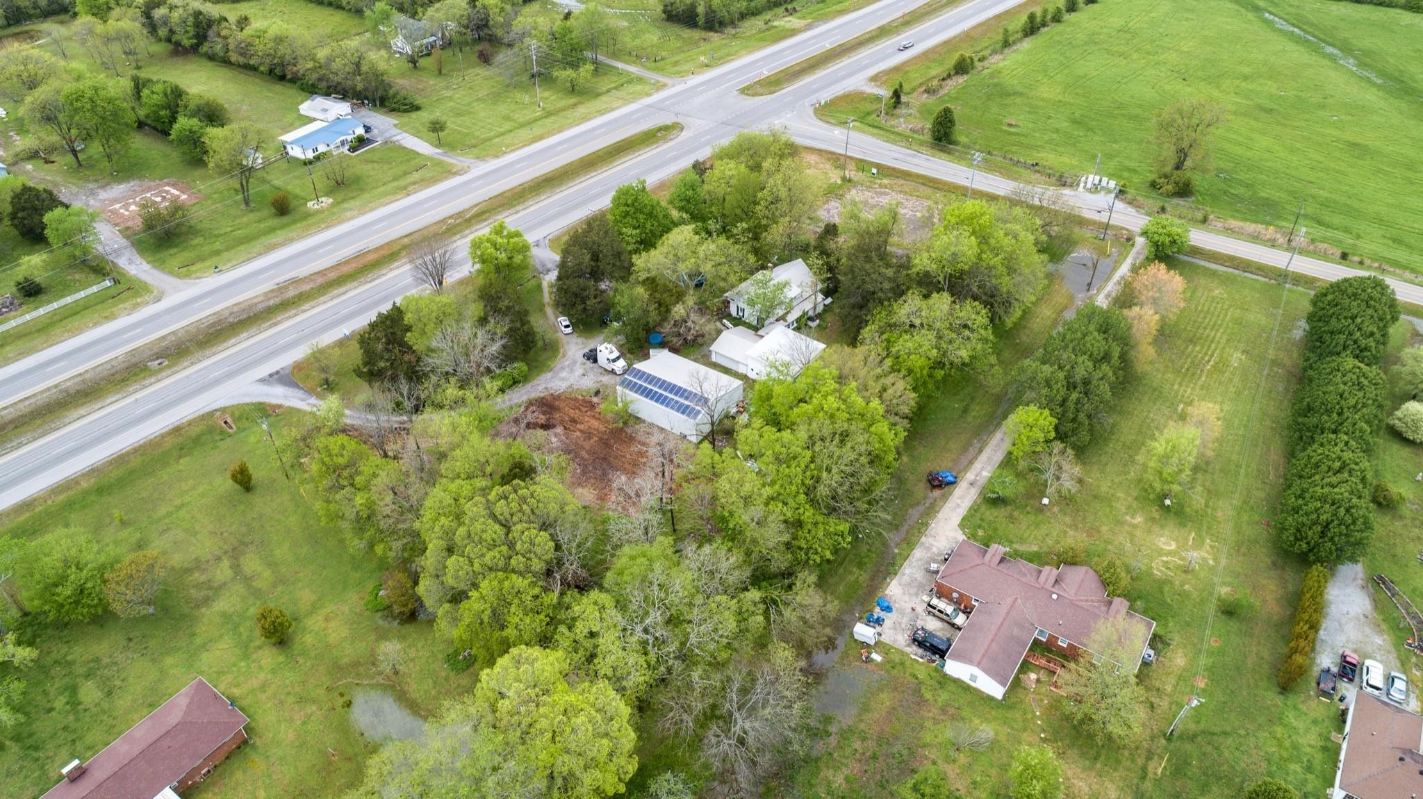 6167 Shelbyville Pike Property Photo 7