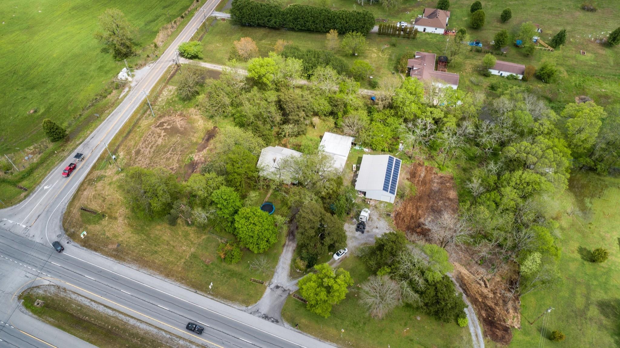 6167 Shelbyville Pike Property Photo 9