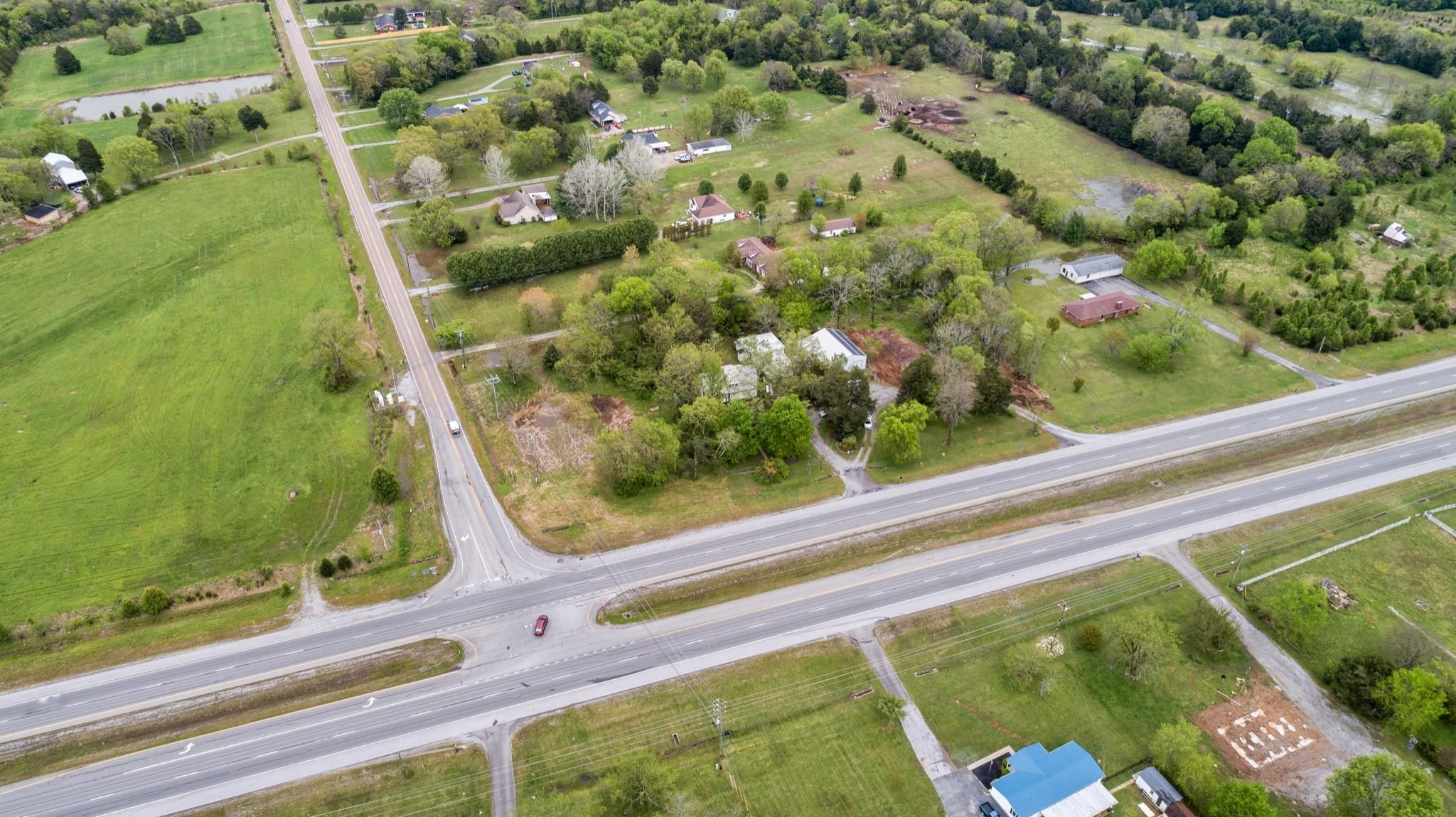 6167 Shelbyville Pike Property Photo 13