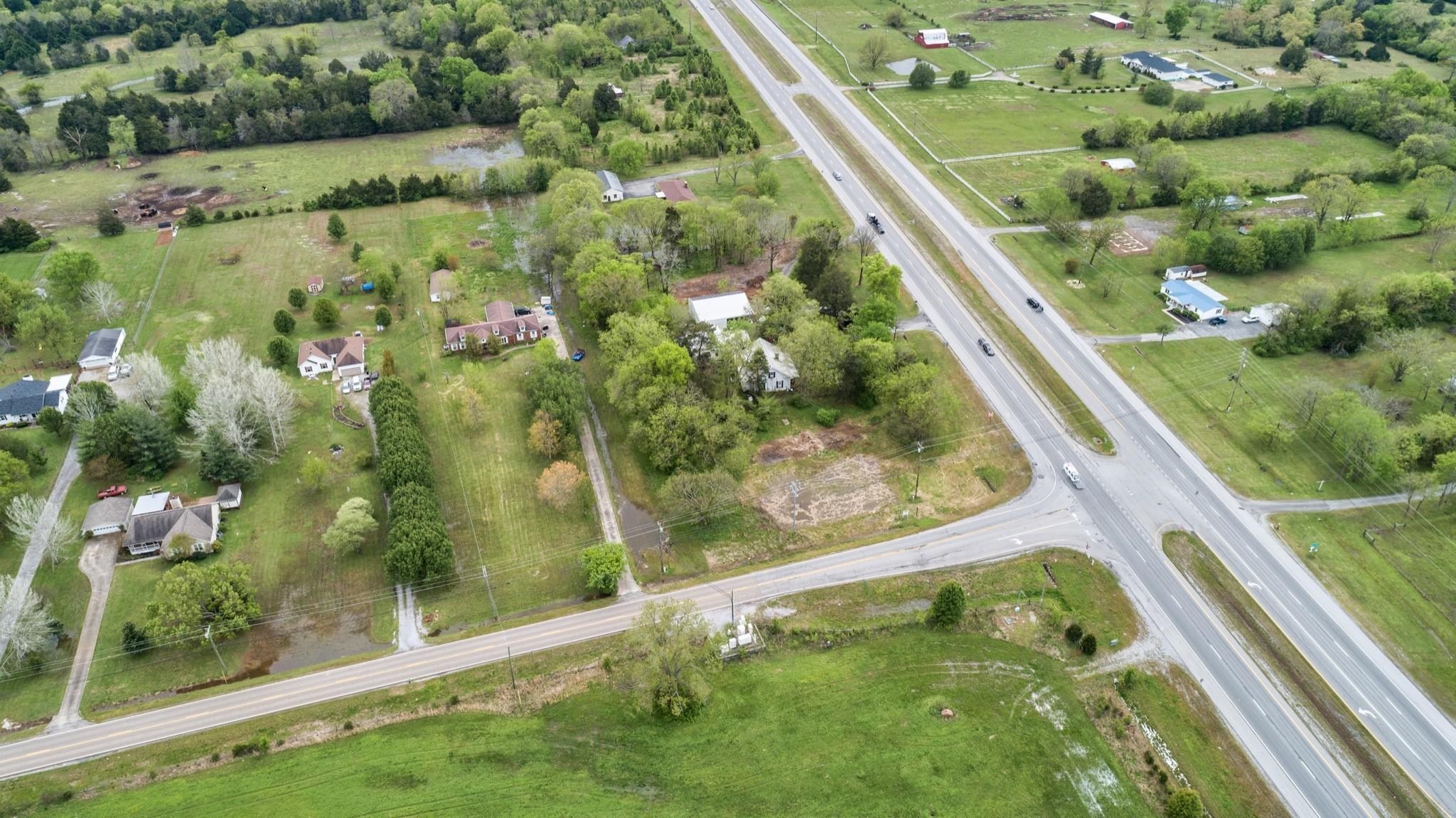 6167 Shelbyville Pike Property Photo 15