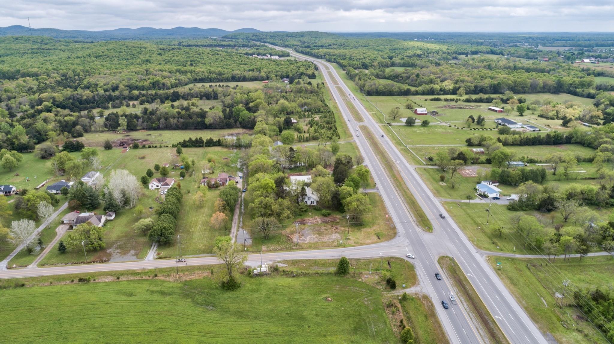 6167 Shelbyville Pike Property Photo 17