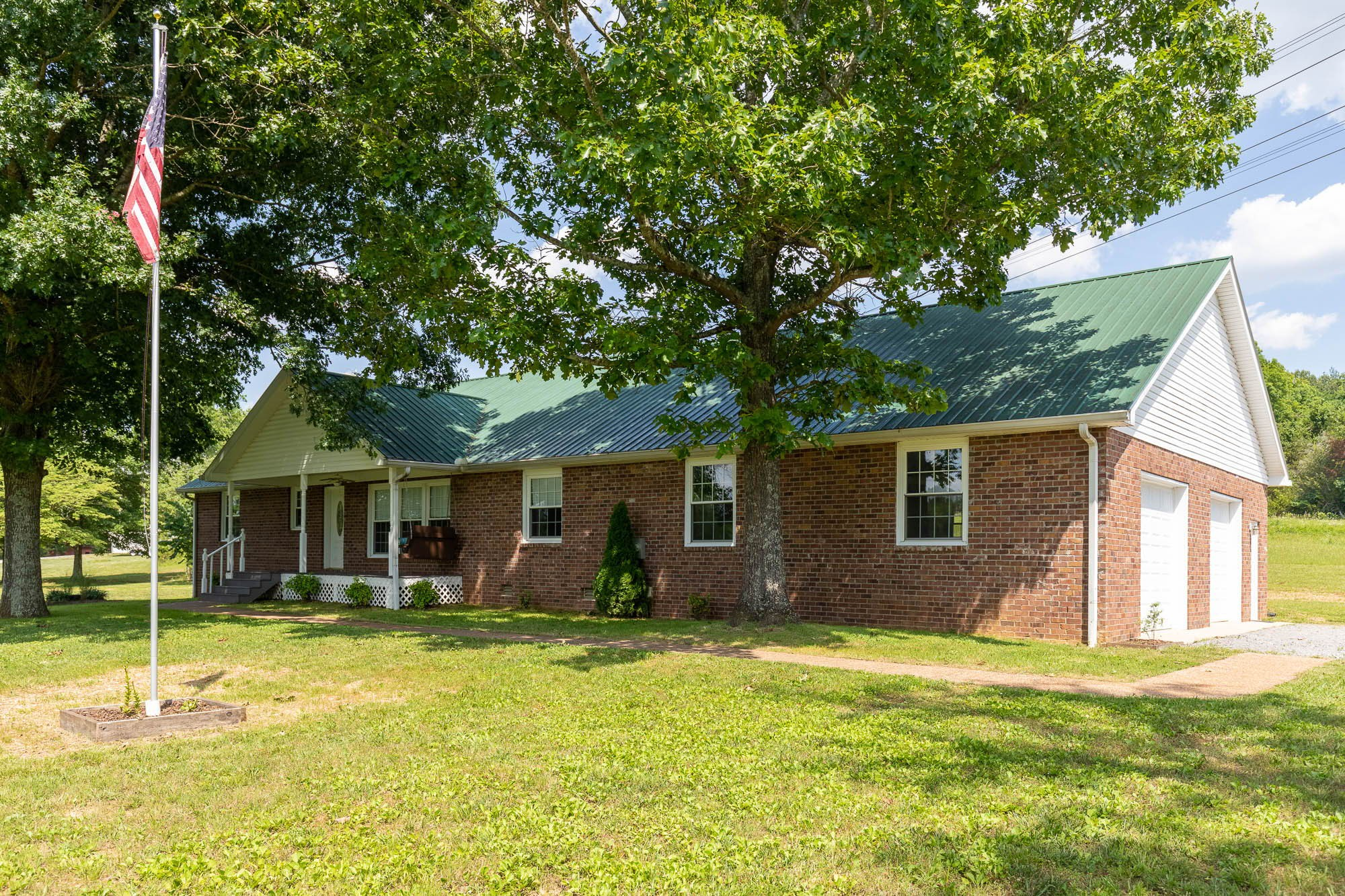 3956 Hill Rd Property Photo