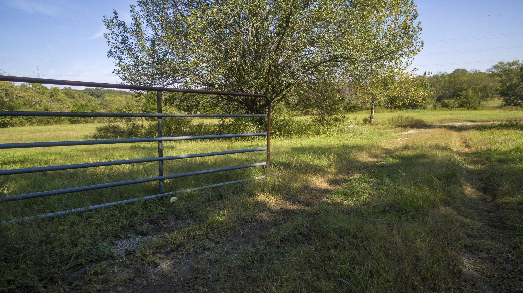 4640 Murfreesboro Rd Property Photo 15