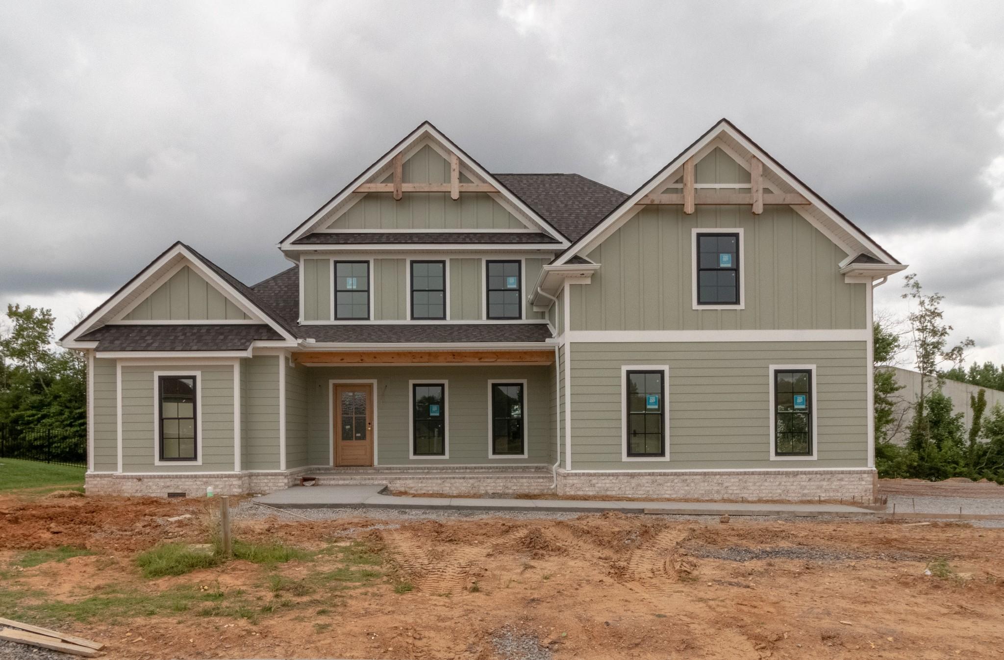 336 Ellington Dr Property Photo