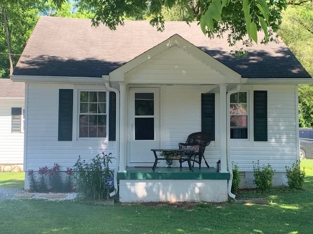 670 Ann Ave Property Photo 1