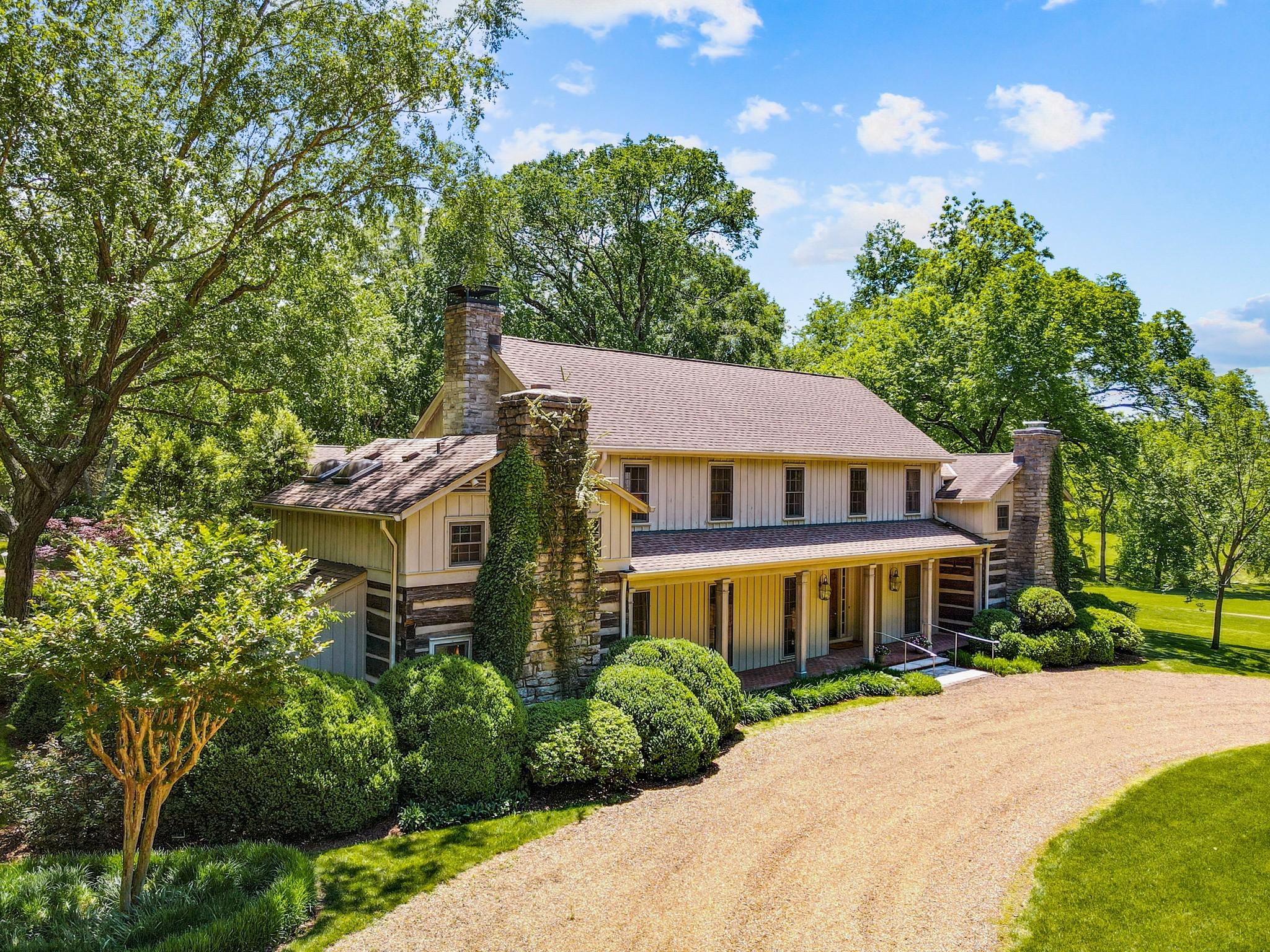 370 Vaughn Rd Property Photo 5
