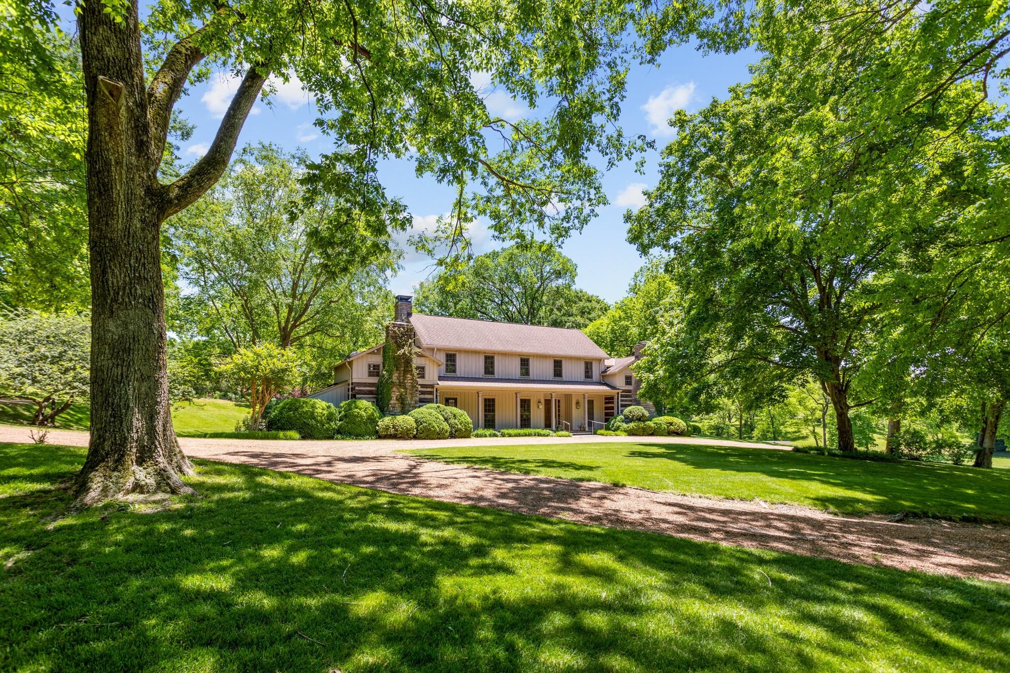 370 Vaughn Rd Property Photo 18