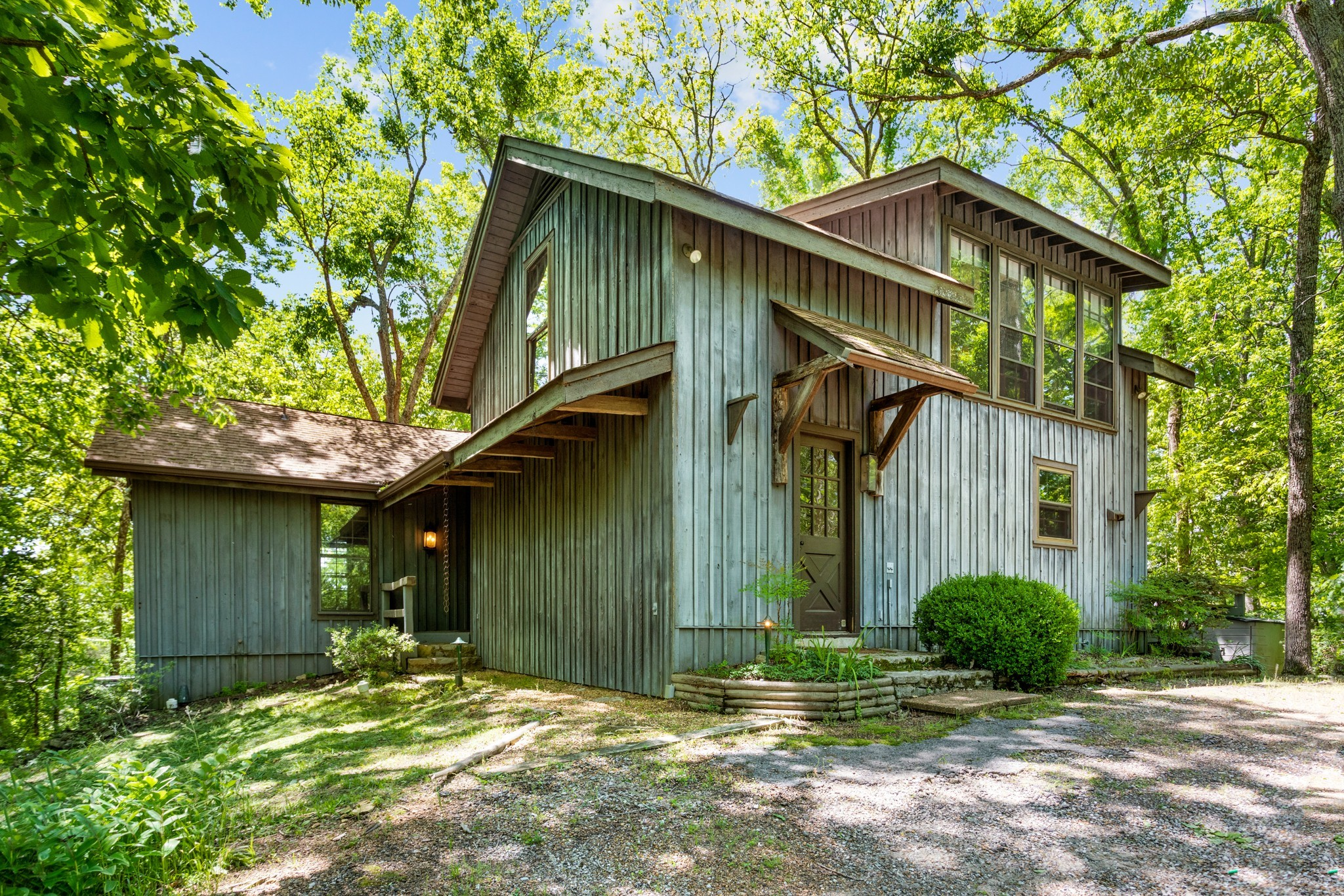 370 Vaughn Rd Property Photo 21
