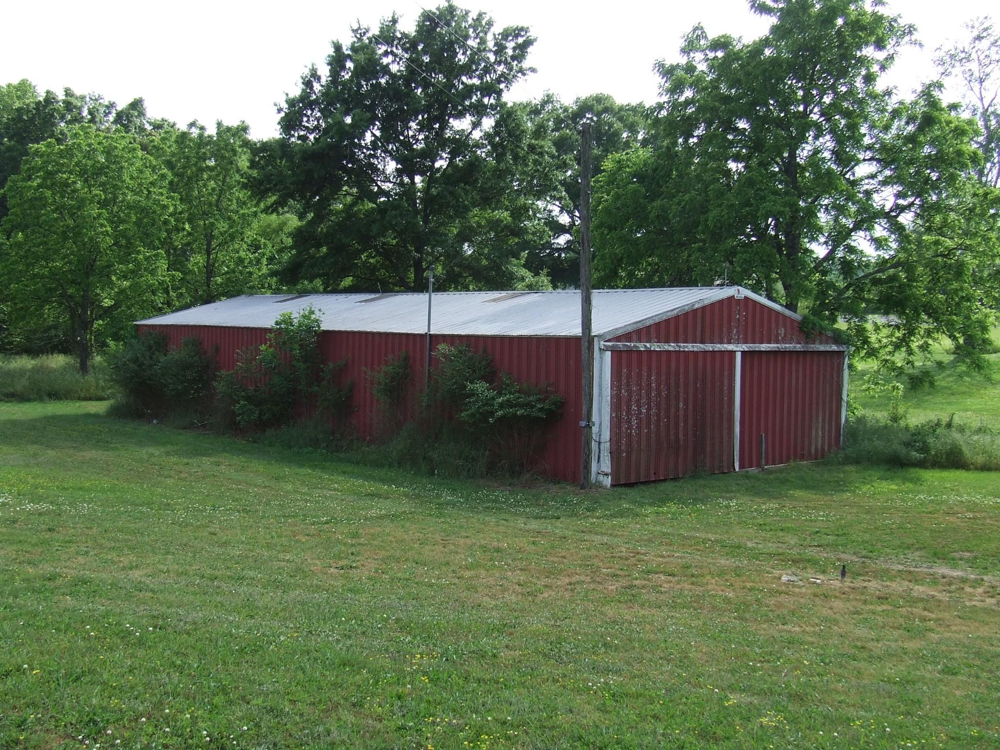 8475 Old Nashville Hwy Property Photo 5