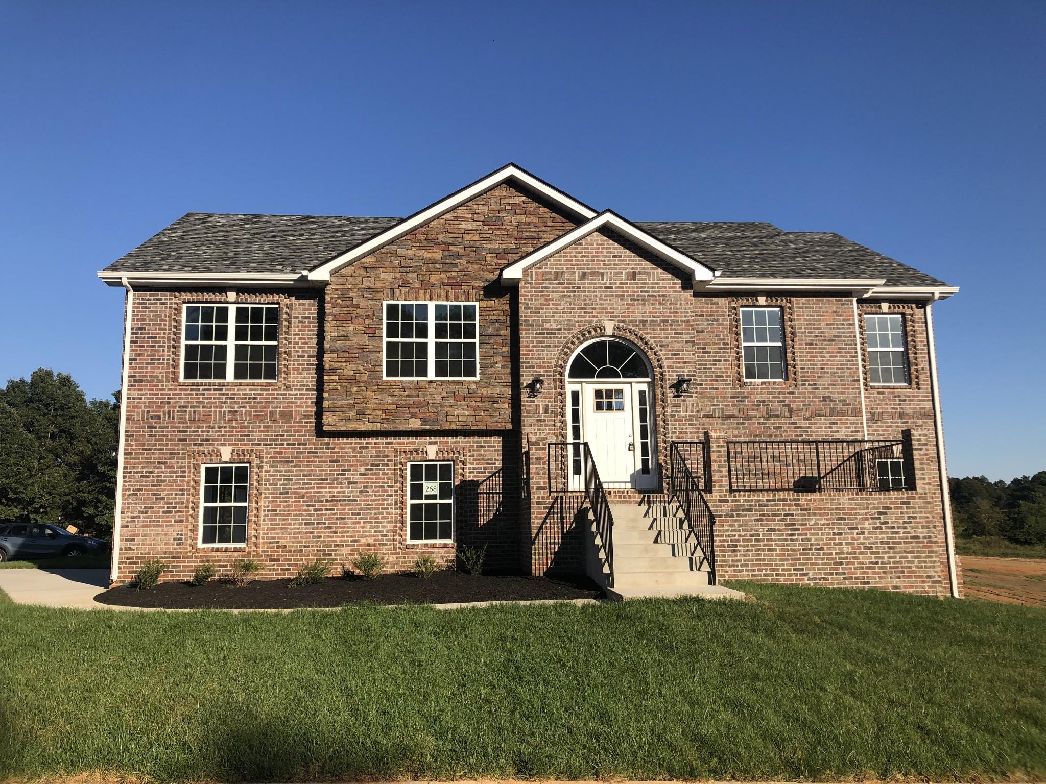 268 Charleston Oaks Property Photo