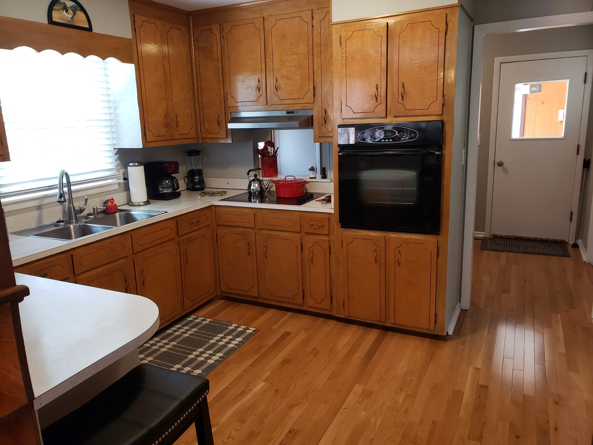 505 Kindel Dr Property Photo 2