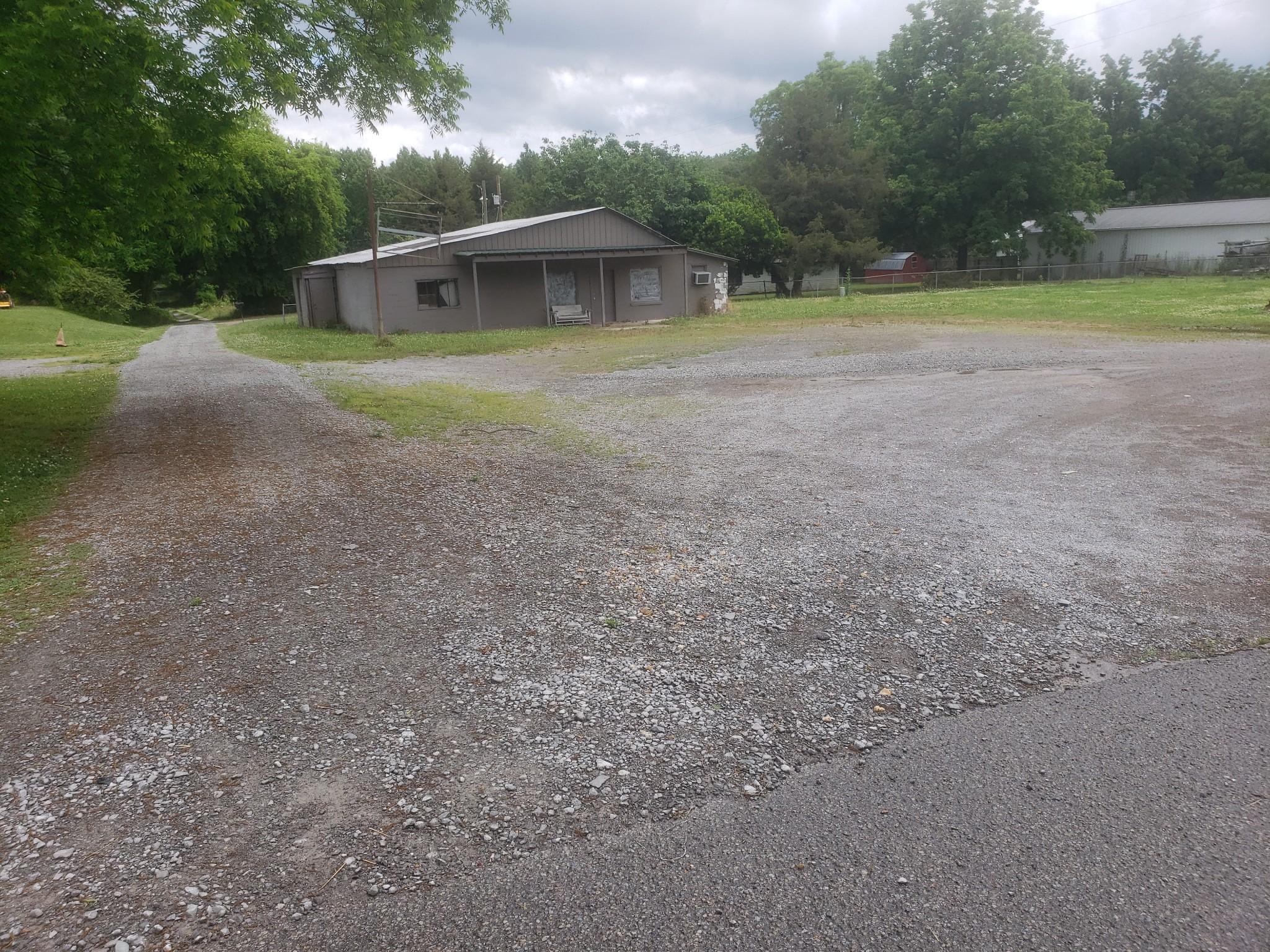 230 Flintville Rd Property Photo