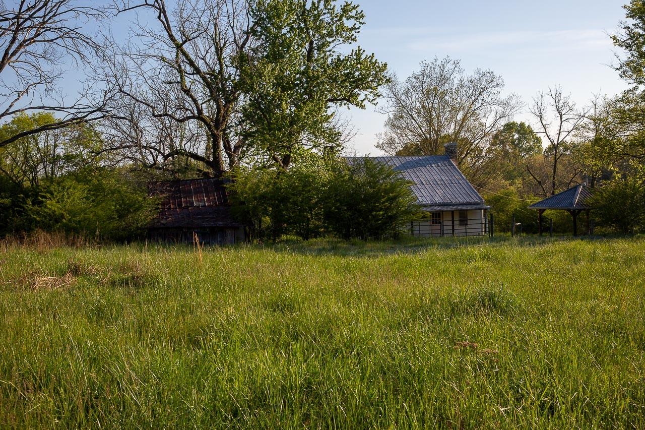 400 Bear Creek Pike Property Photo 12