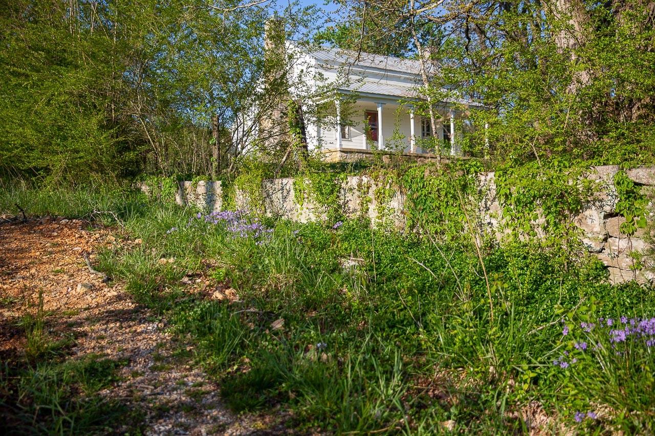 400 Bear Creek Pike Property Photo 15