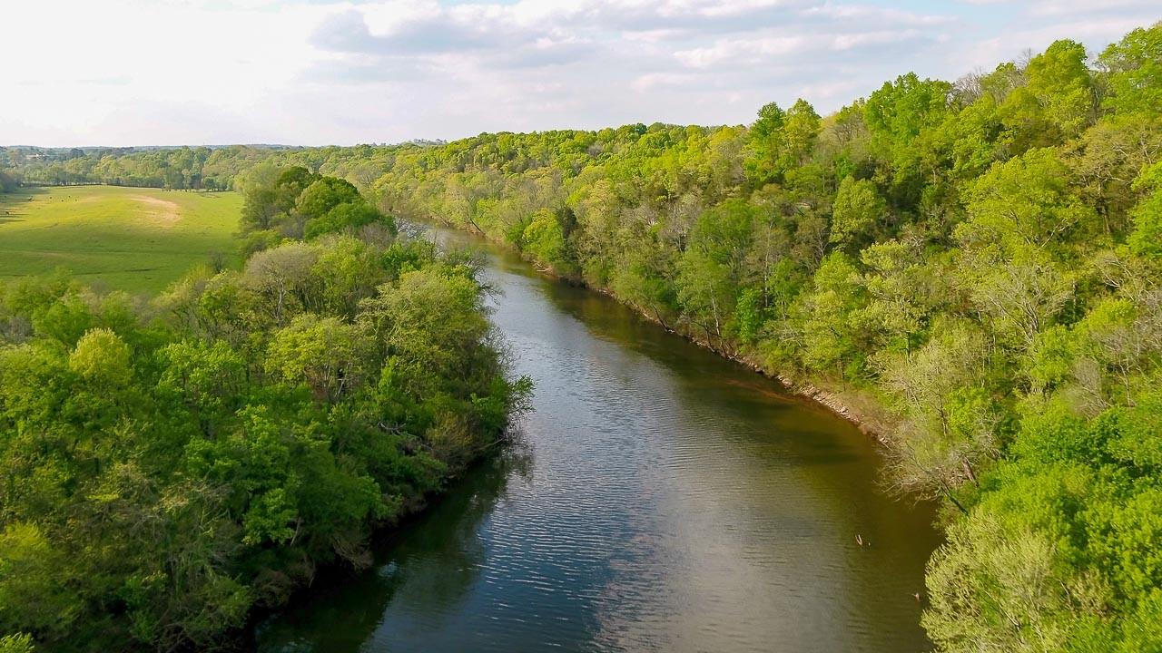 400 Bear Creek Pike Property Photo 18