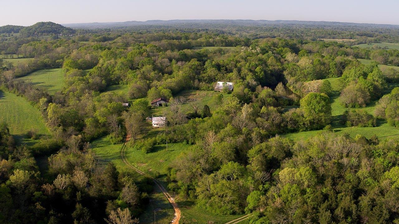 400 Bear Creek Pike Property Photo 22