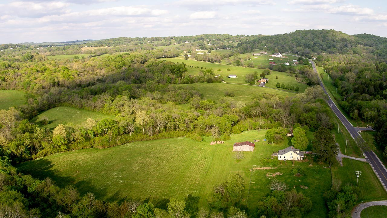 400 Bear Creek Pike Property Photo 23