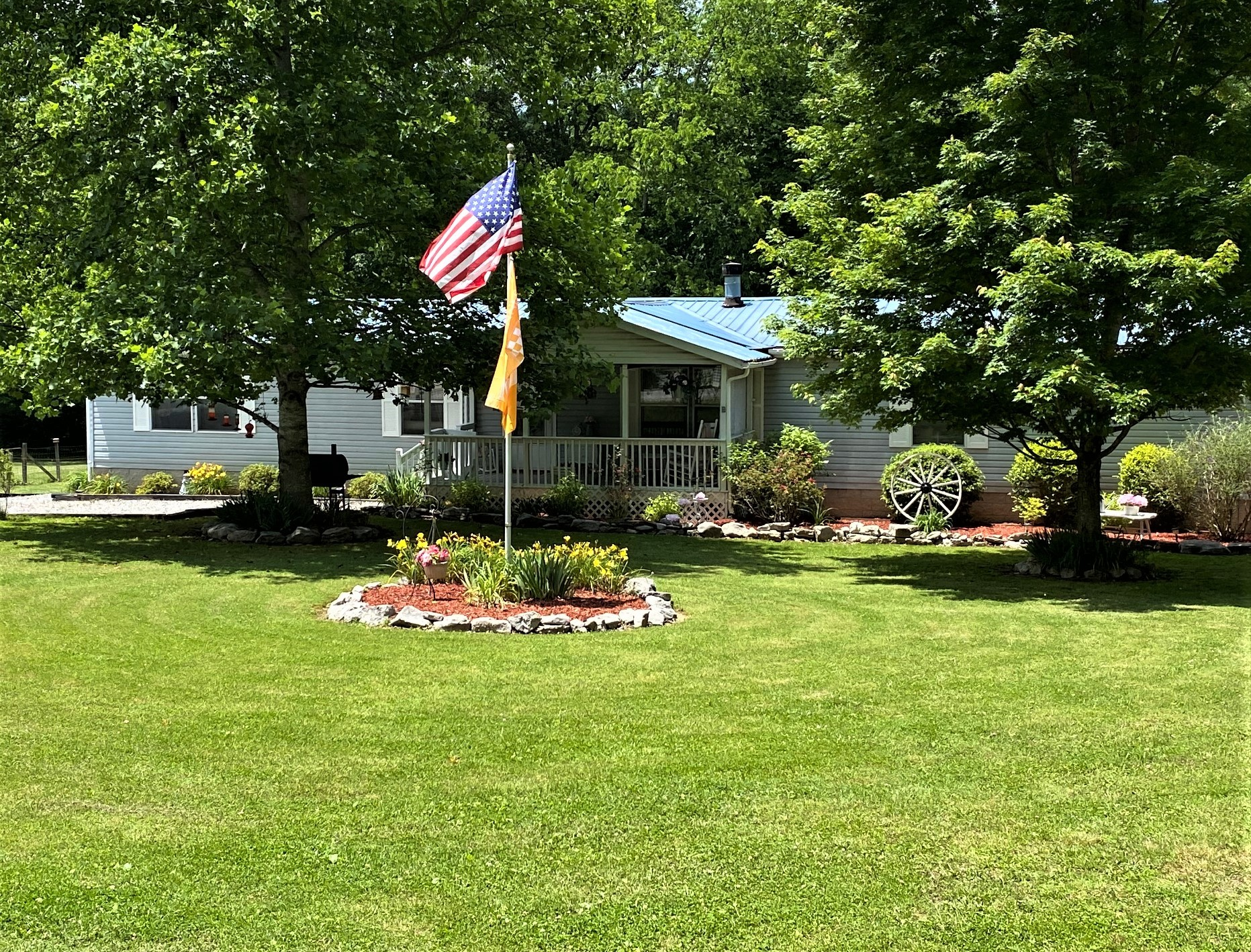539 Dobbs Hollow Rd Property Photo