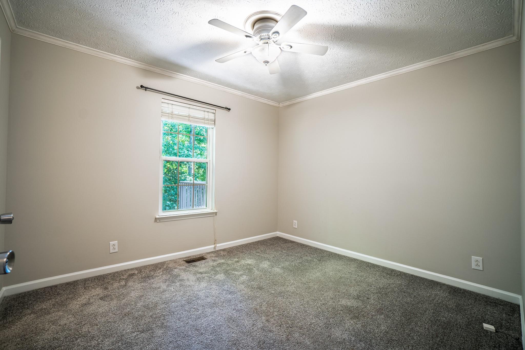 137 Brookside Pt Property Photo 25