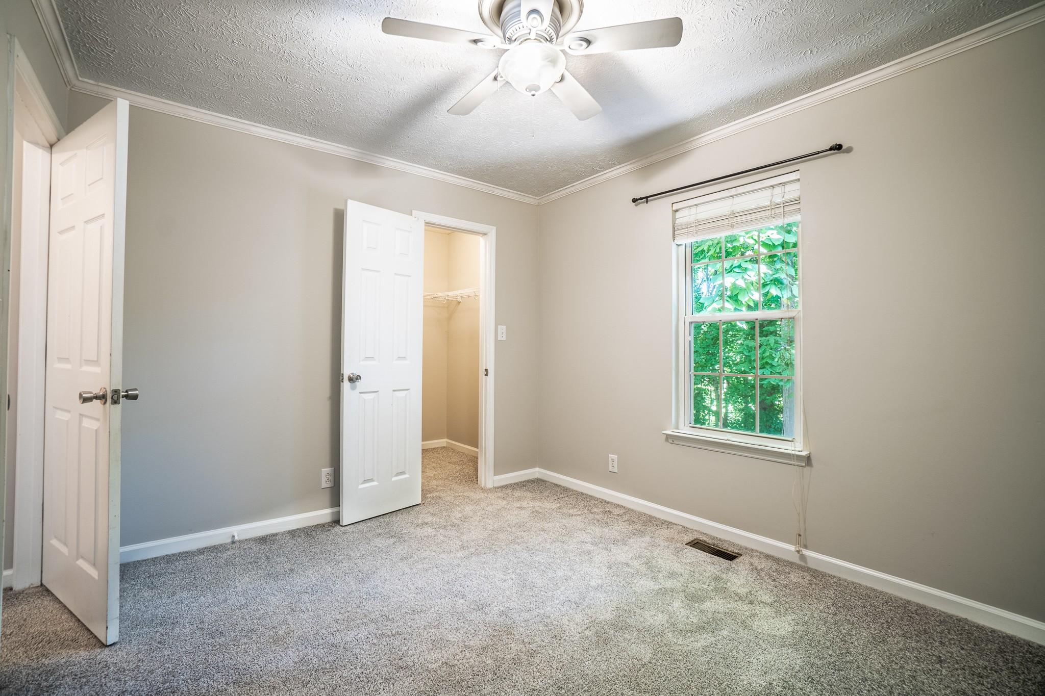 137 Brookside Pt Property Photo 26
