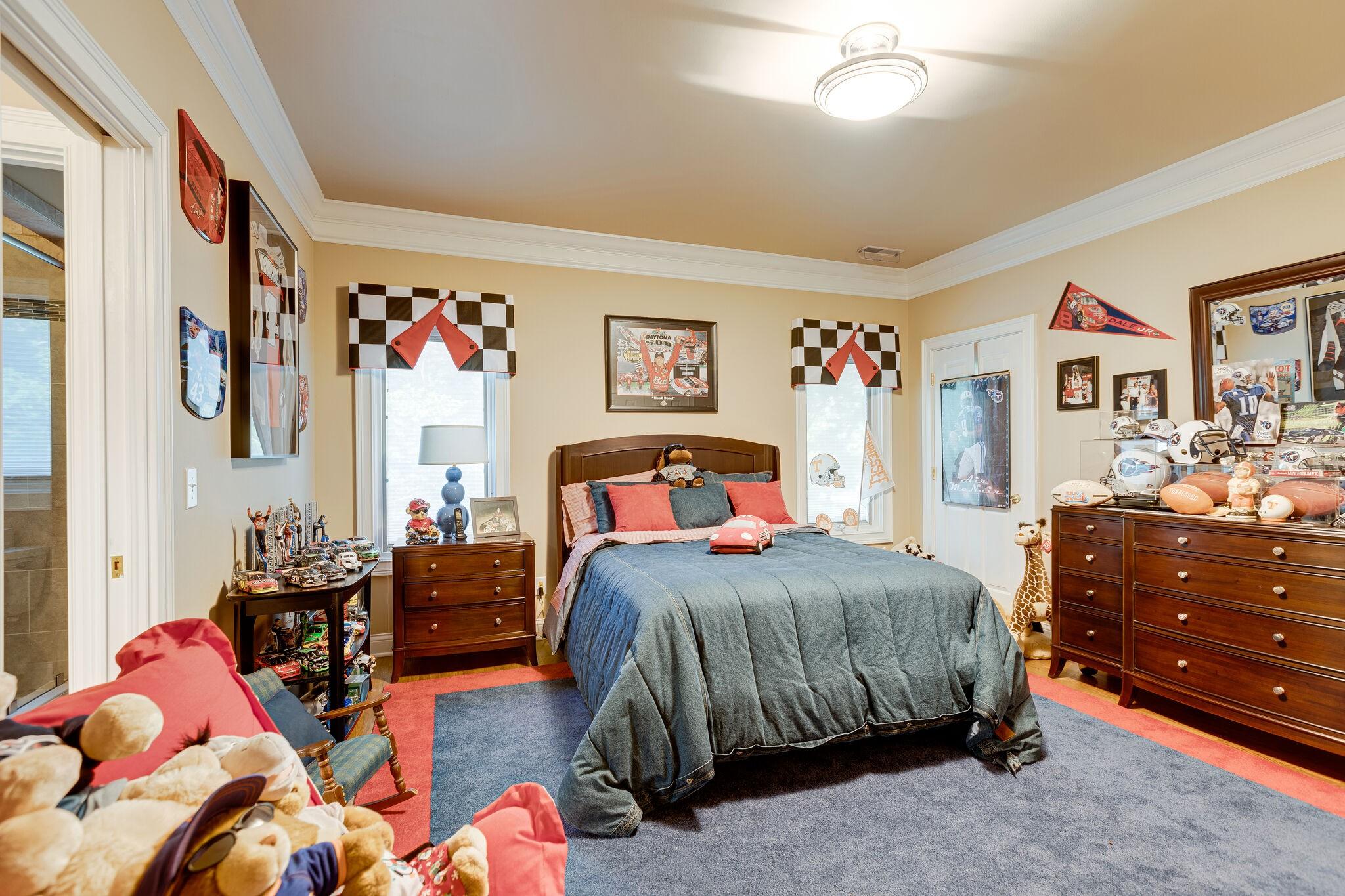 4430 Buchanan Ln Property Photo 23