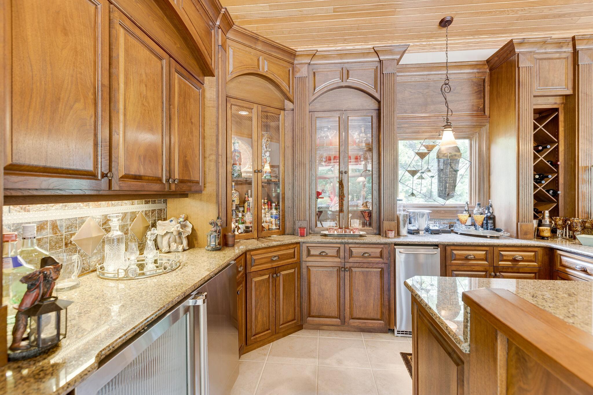 4430 Buchanan Ln Property Photo 28