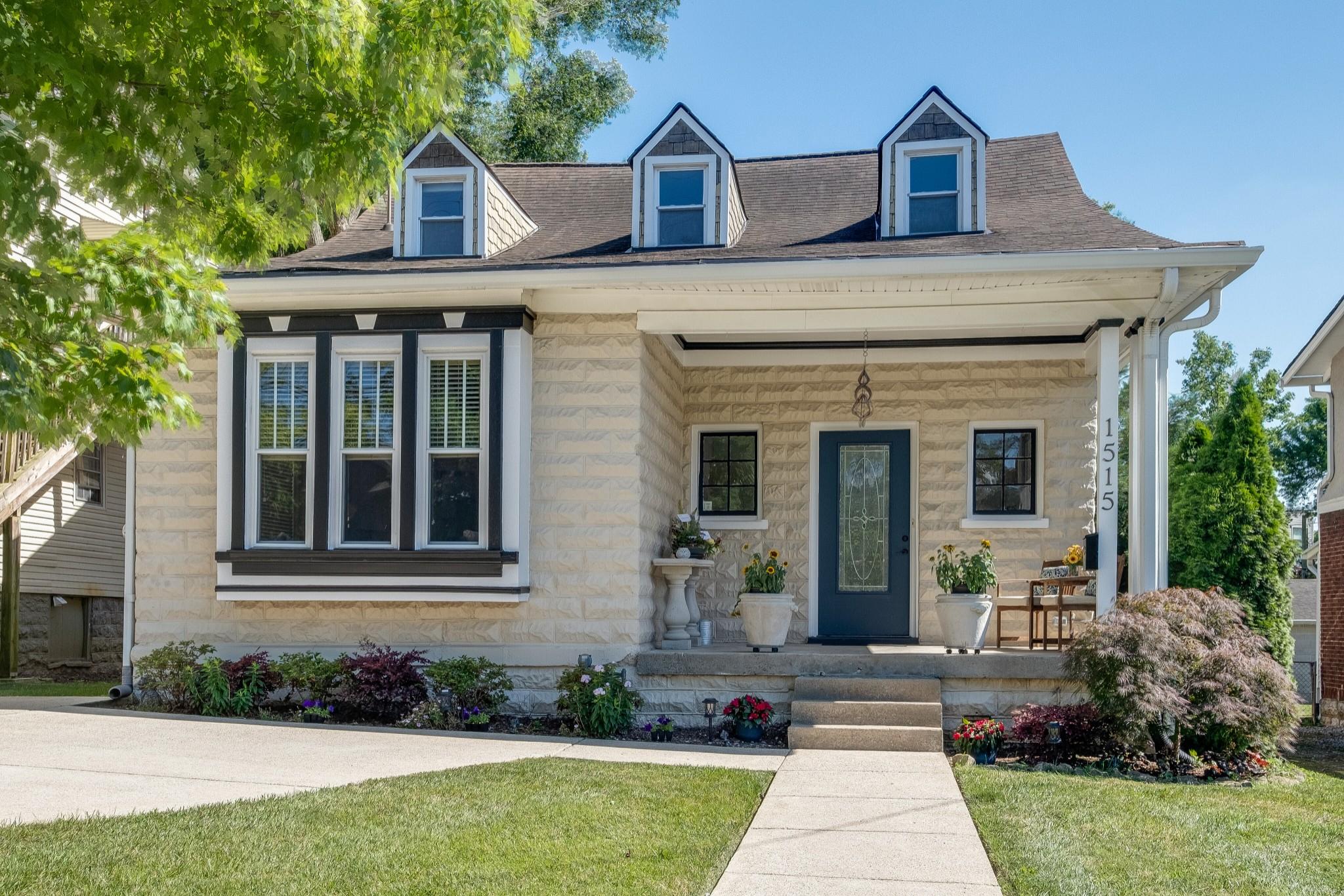 1515 Ashwood Ave Property Photo