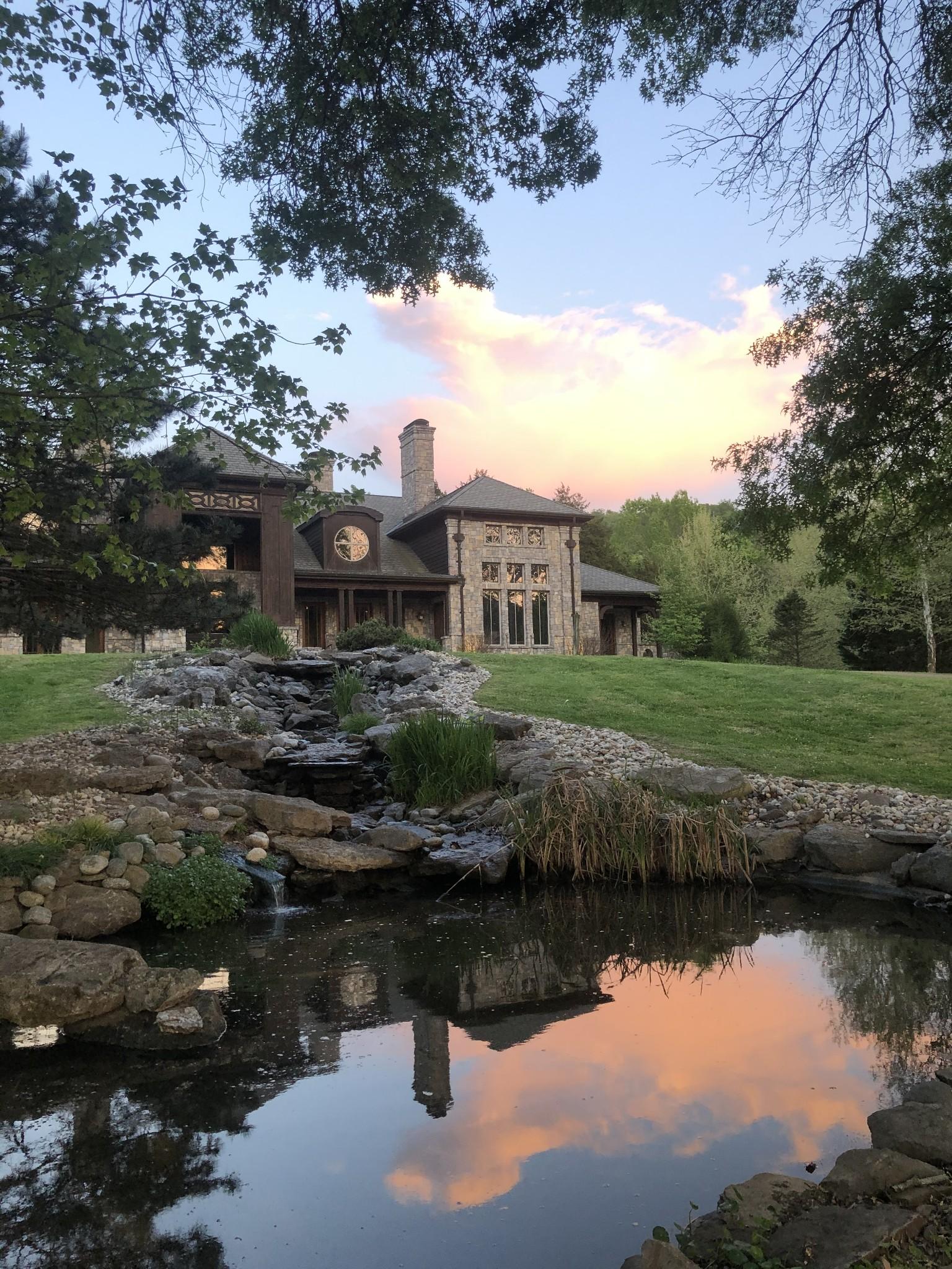 5836 Hillsboro Pike Property Photo 3