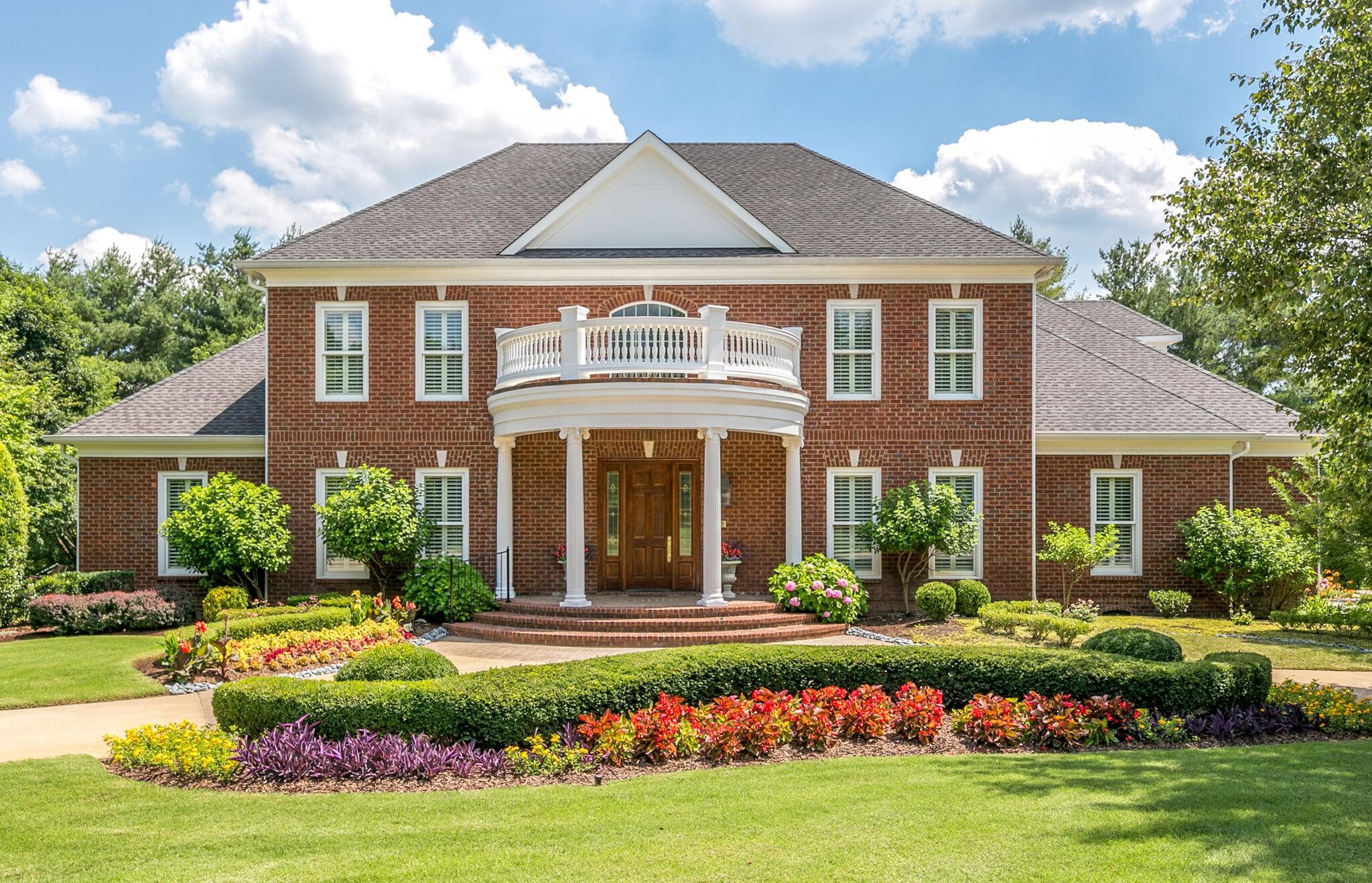 1410 Broadlands Dr Property Photo 1