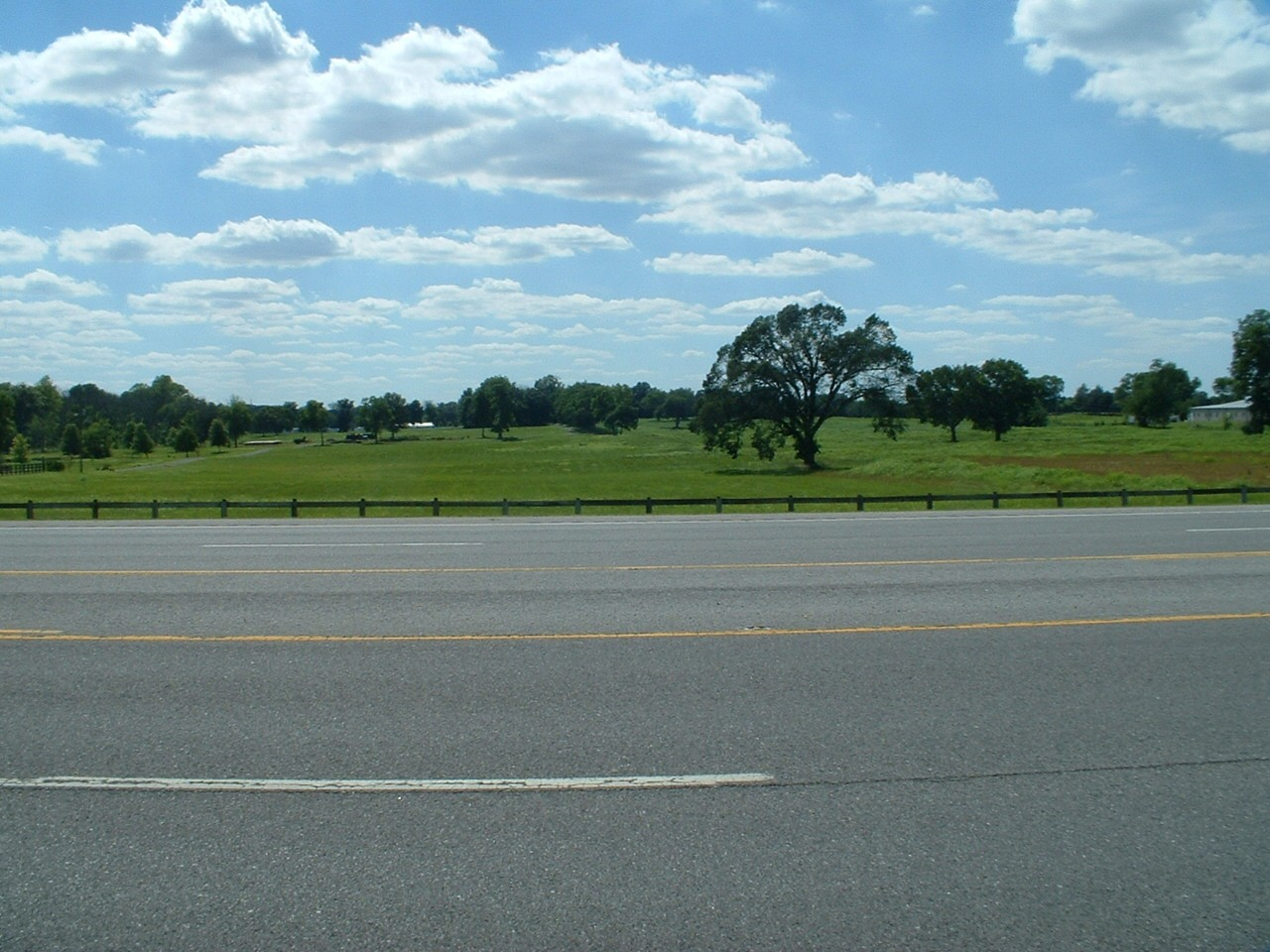 2610 Midland Rd Property Photo 1
