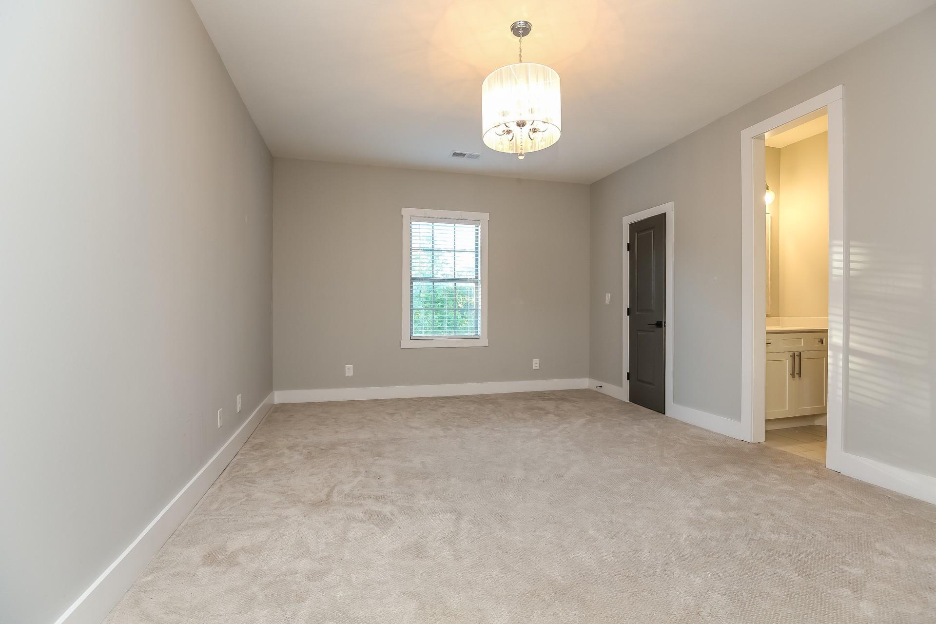 259 Harrowgate Dr Property Photo 19