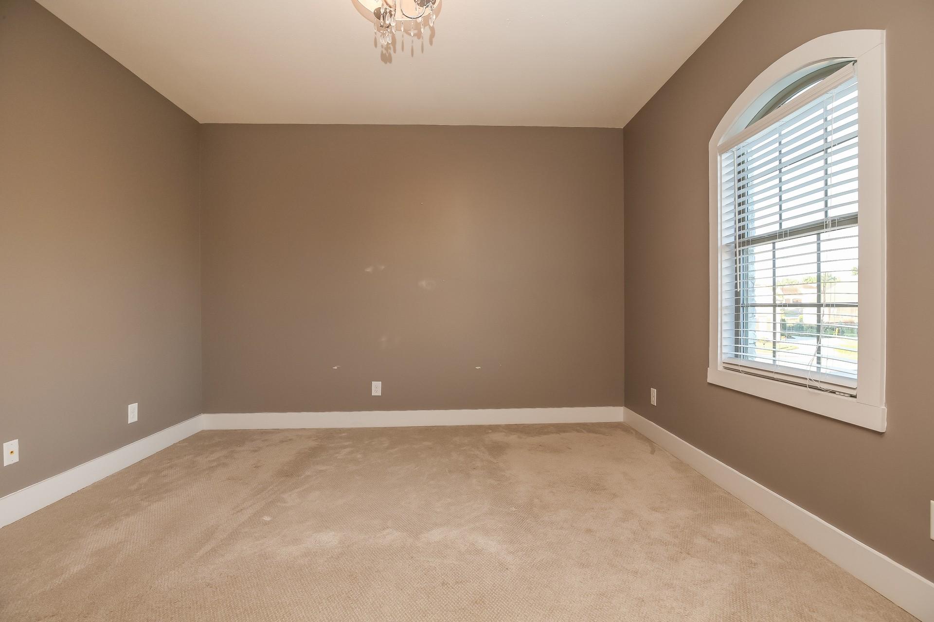 259 Harrowgate Dr Property Photo 21