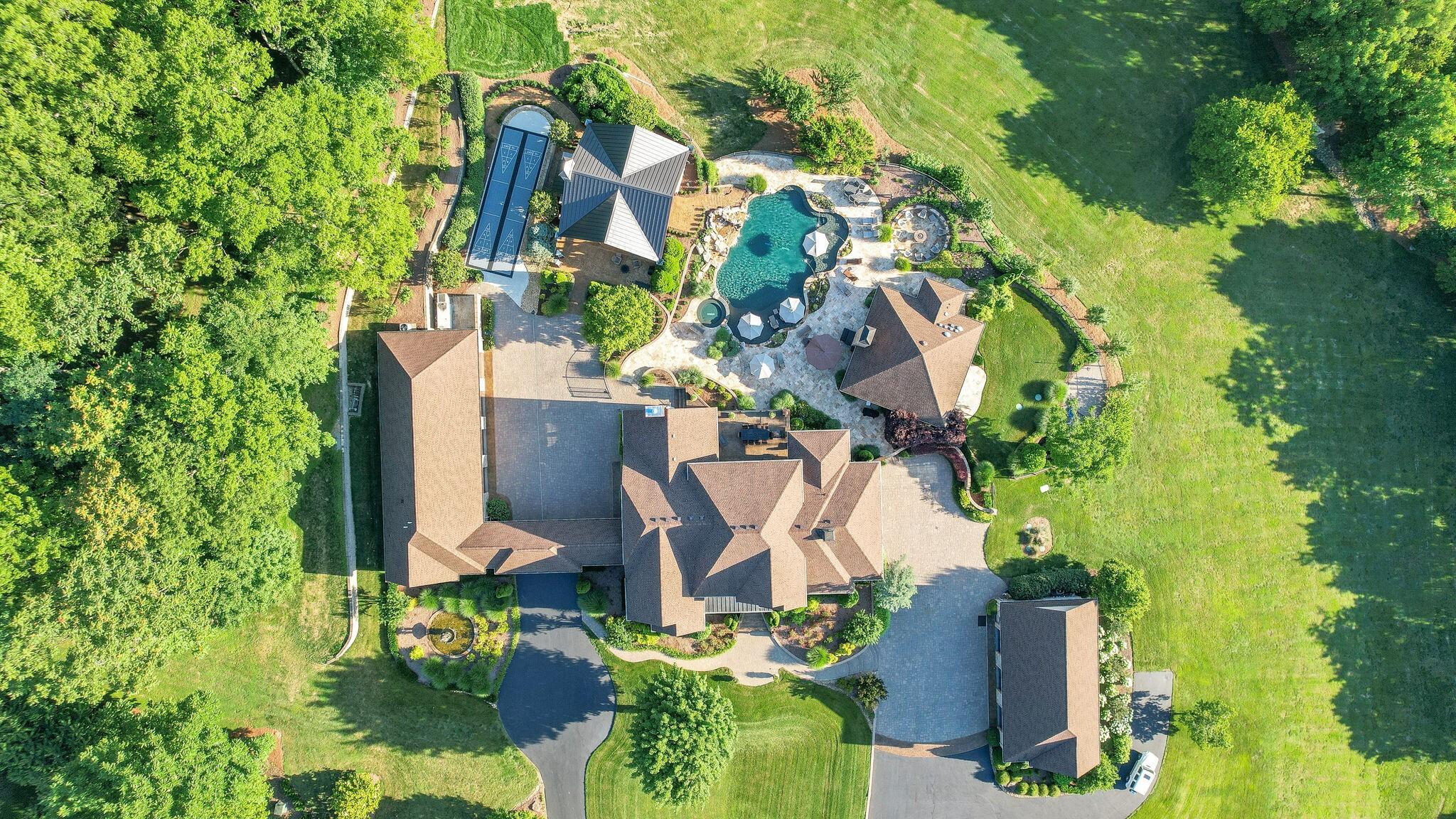 4113 Murfreesboro Rd Property Photo 3
